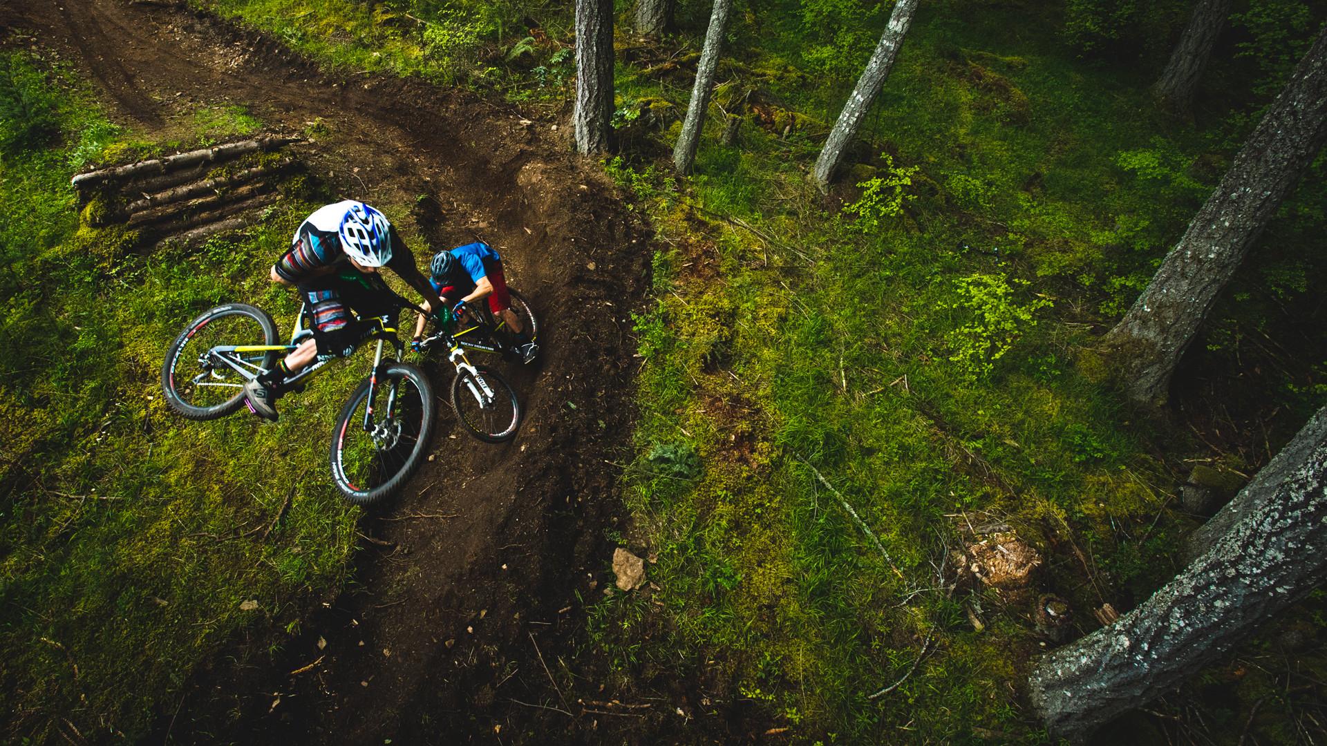 Extreme Mountain Biking Wallpaper