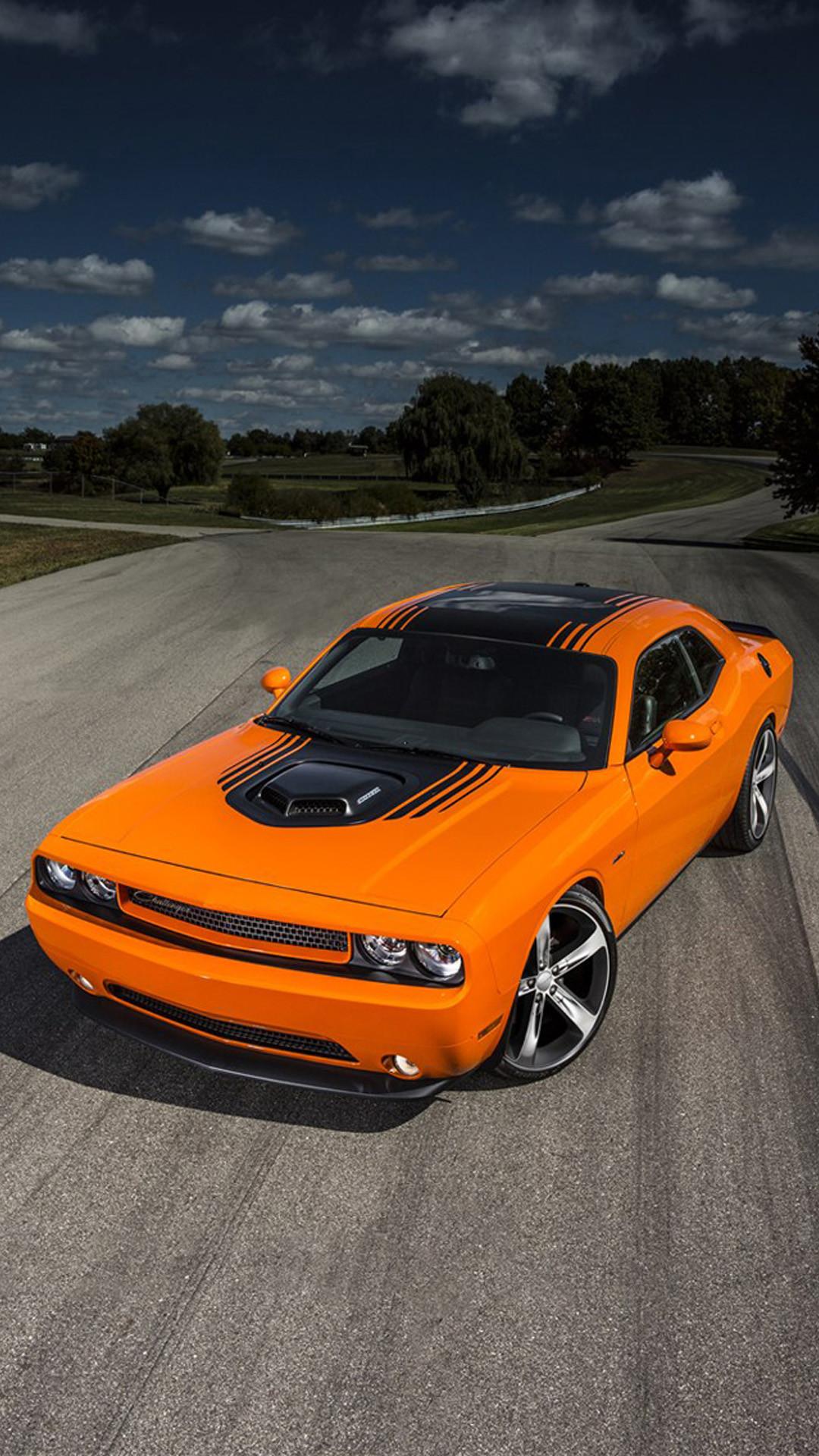 Dodge Challenger iPhone Wallpaper (86+ images)