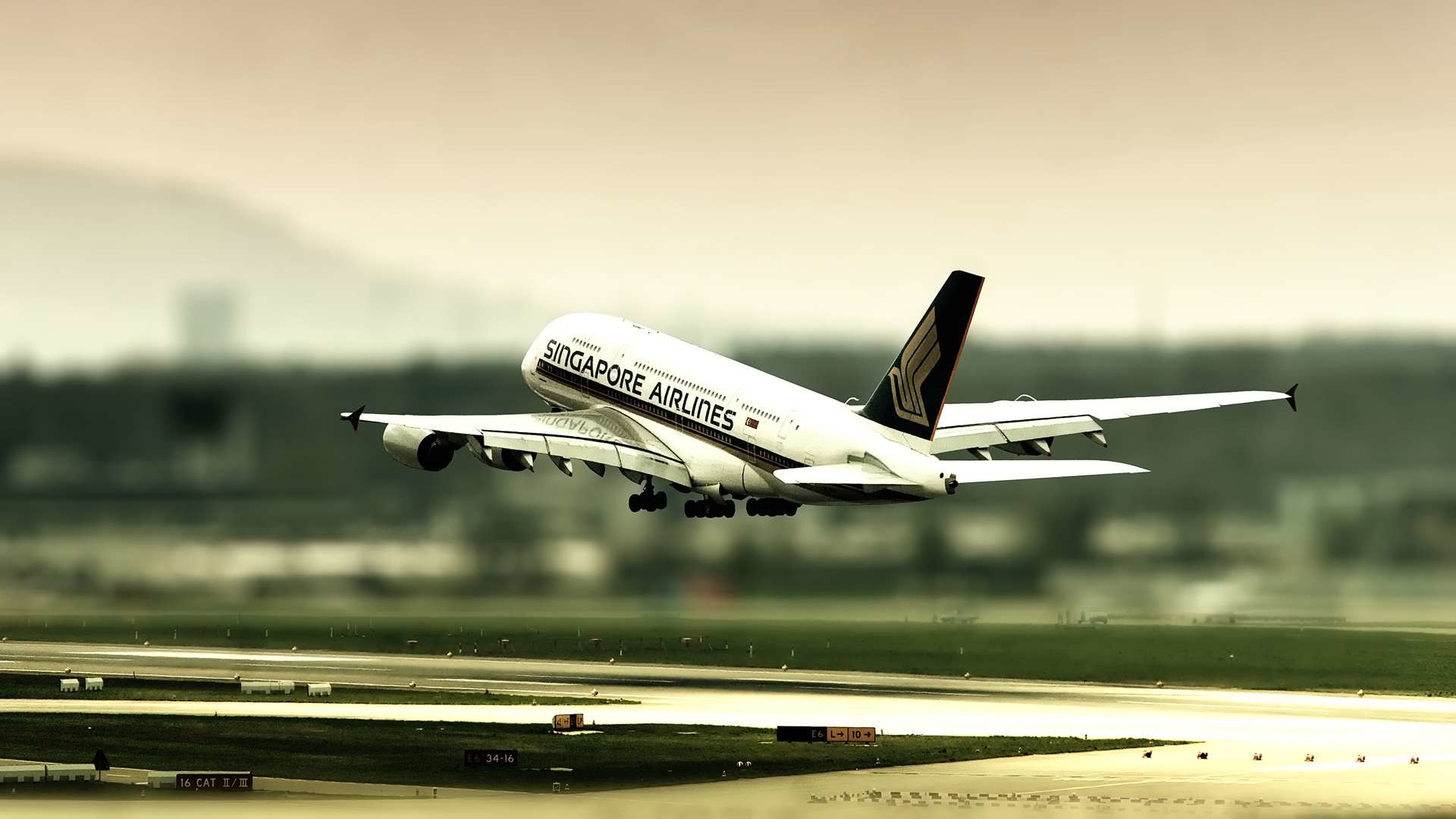 1920x1080 Airbus A380 Singapore Airlines Landing HD Wallpaper. « »