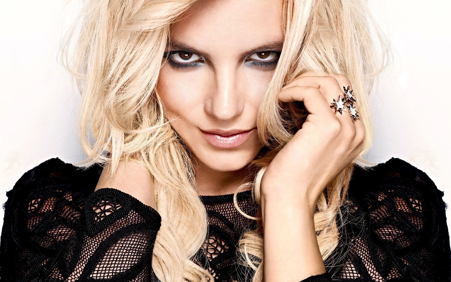 1920x1200 Britney Spears Wallpaper HD Free Download.