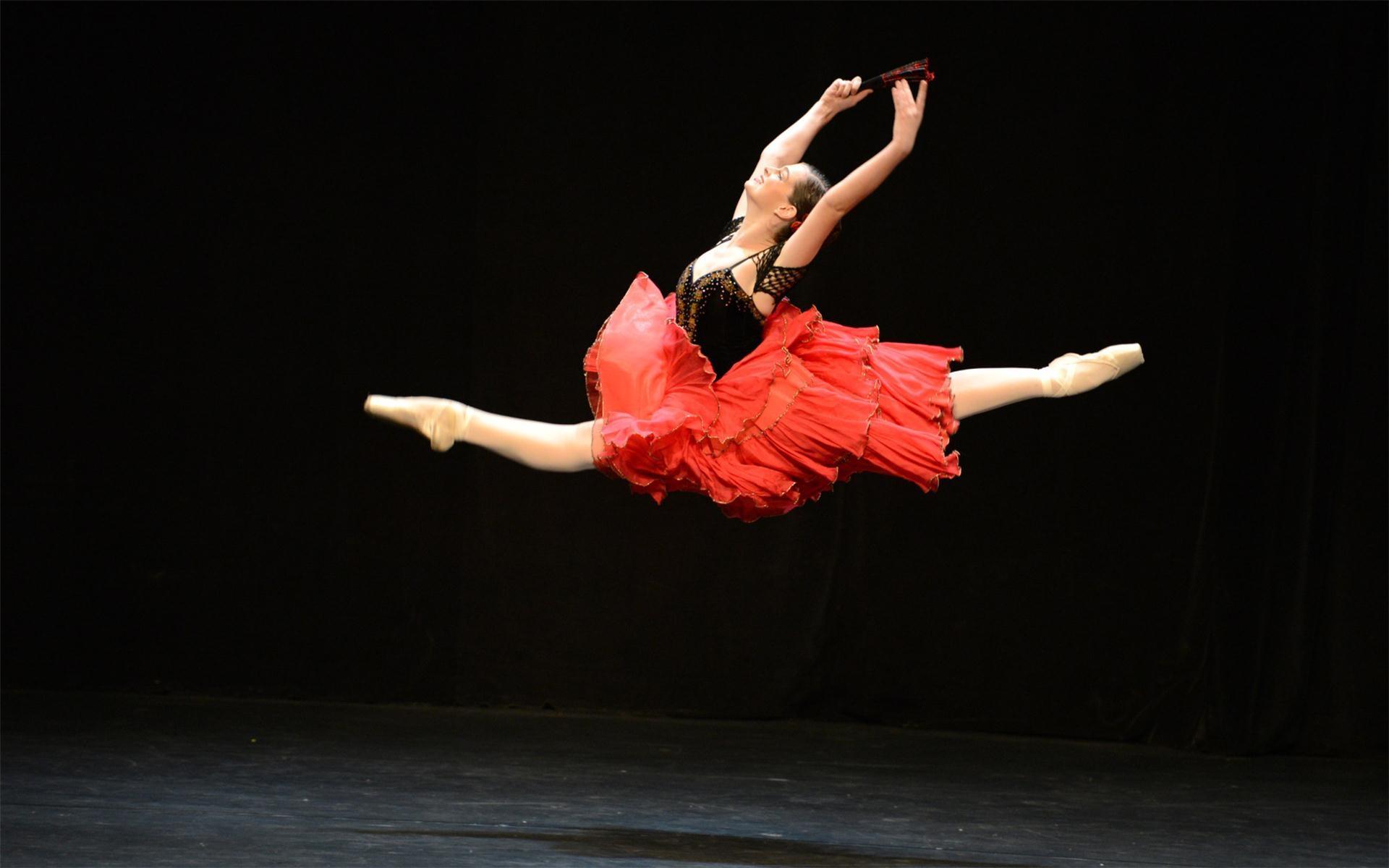 Ballet Dancer Wallpaper Free Wide Hd Wallpaper: Dab Dance Wallpaper (64+ Images