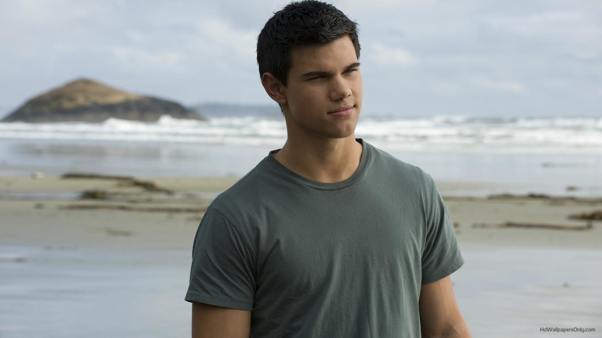 1920x1080 HD Wallpapers of Taylor Lautner and Taylor Lautner HD pictures are  available for free download for