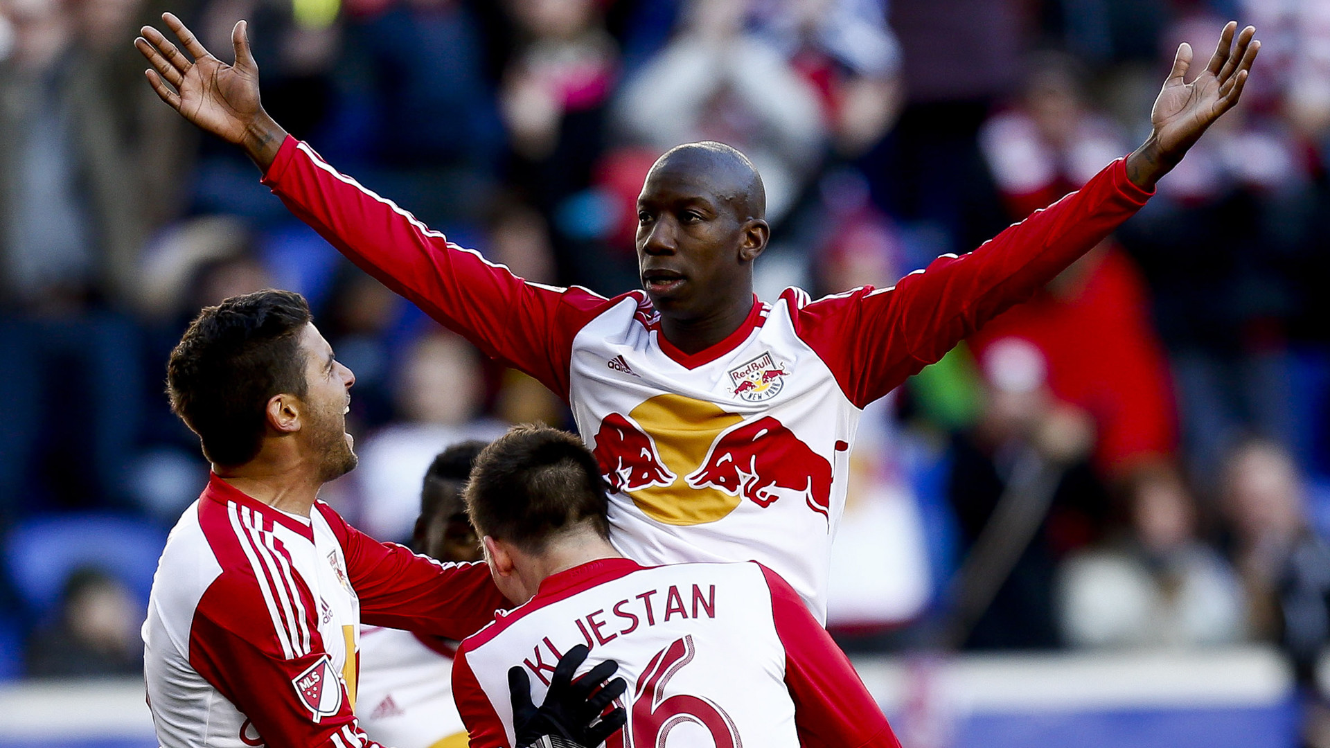 1920x1080 Bradley Wright-Phillips scored the winning goal as New York Red Bulls came  from behind