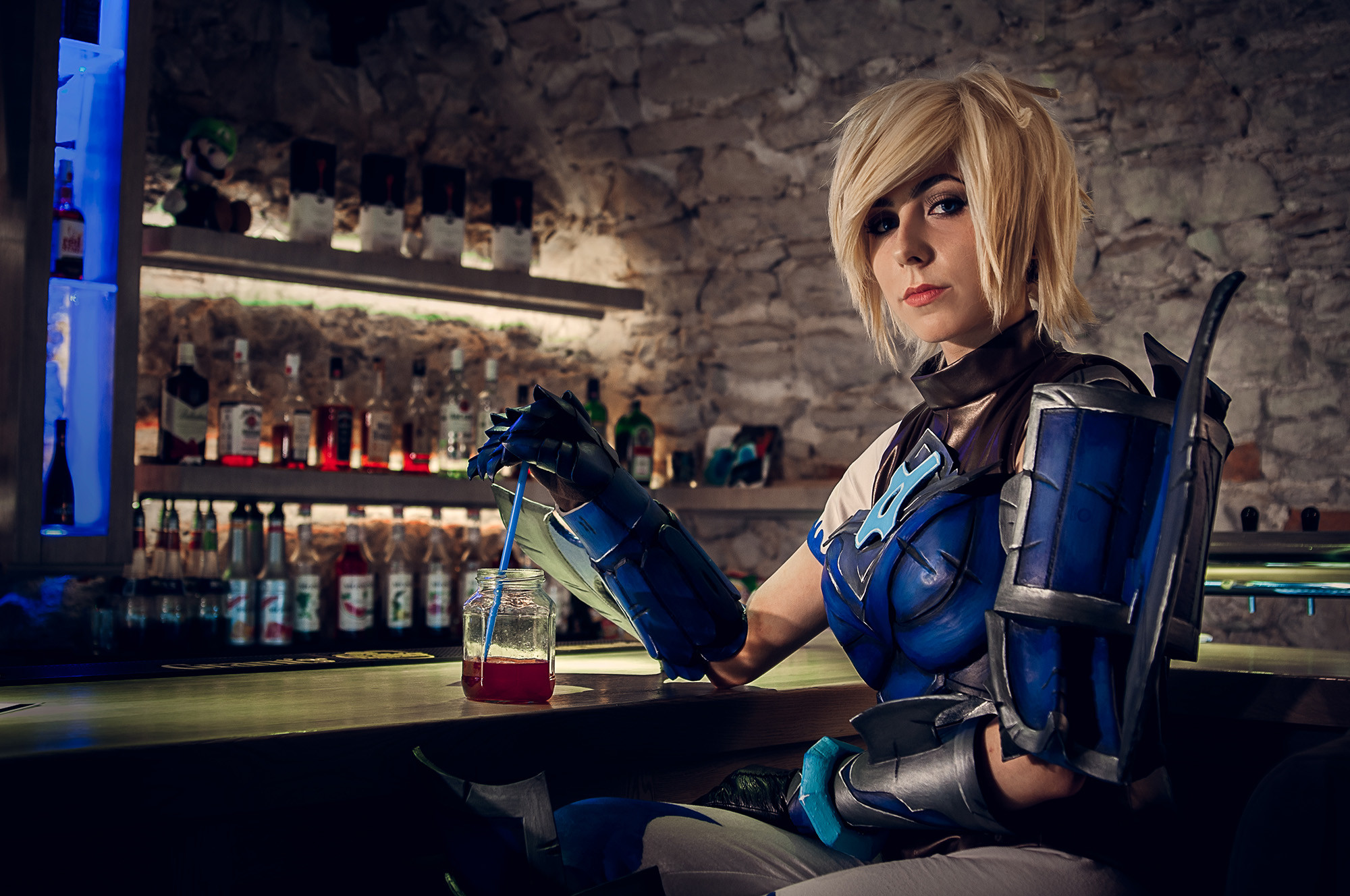 2000x1328 ... Championship Riven cosplay drinking HP potion by TsukiKamachi