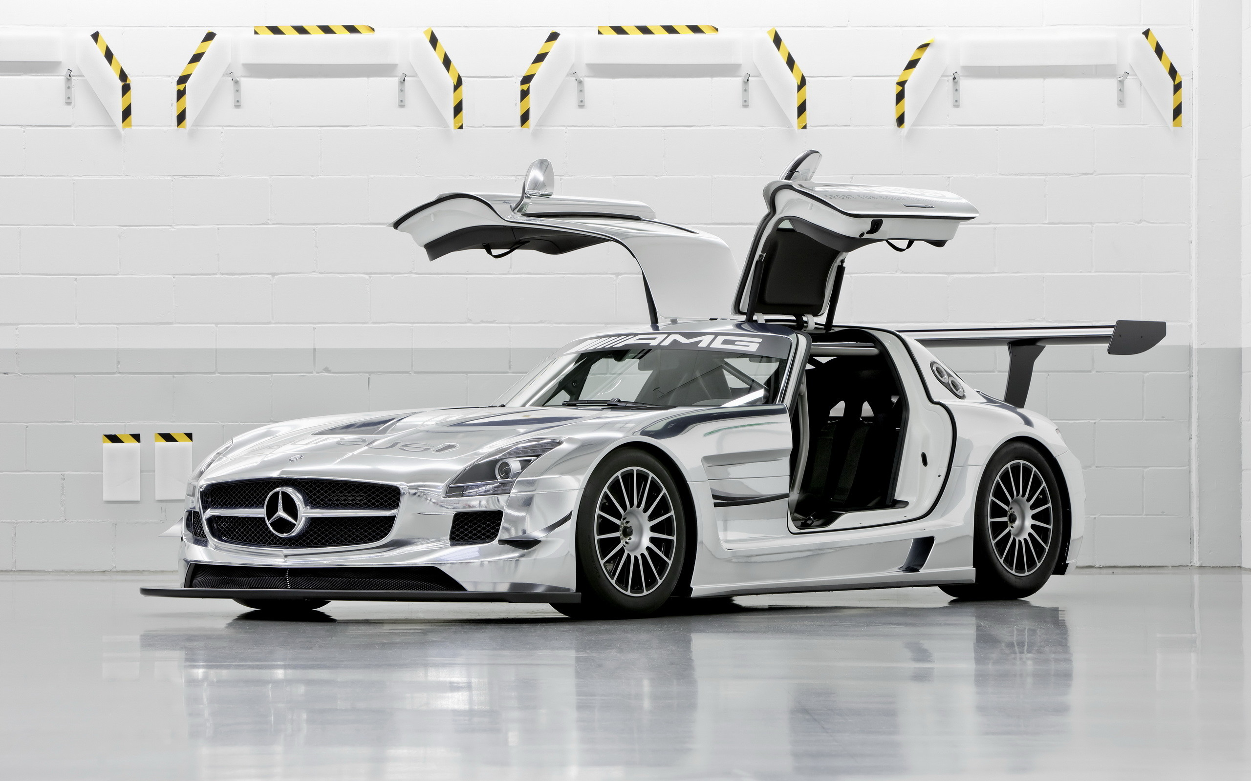 mercedes benz sls amg wallpapers 74 images. Black Bedroom Furniture Sets. Home Design Ideas
