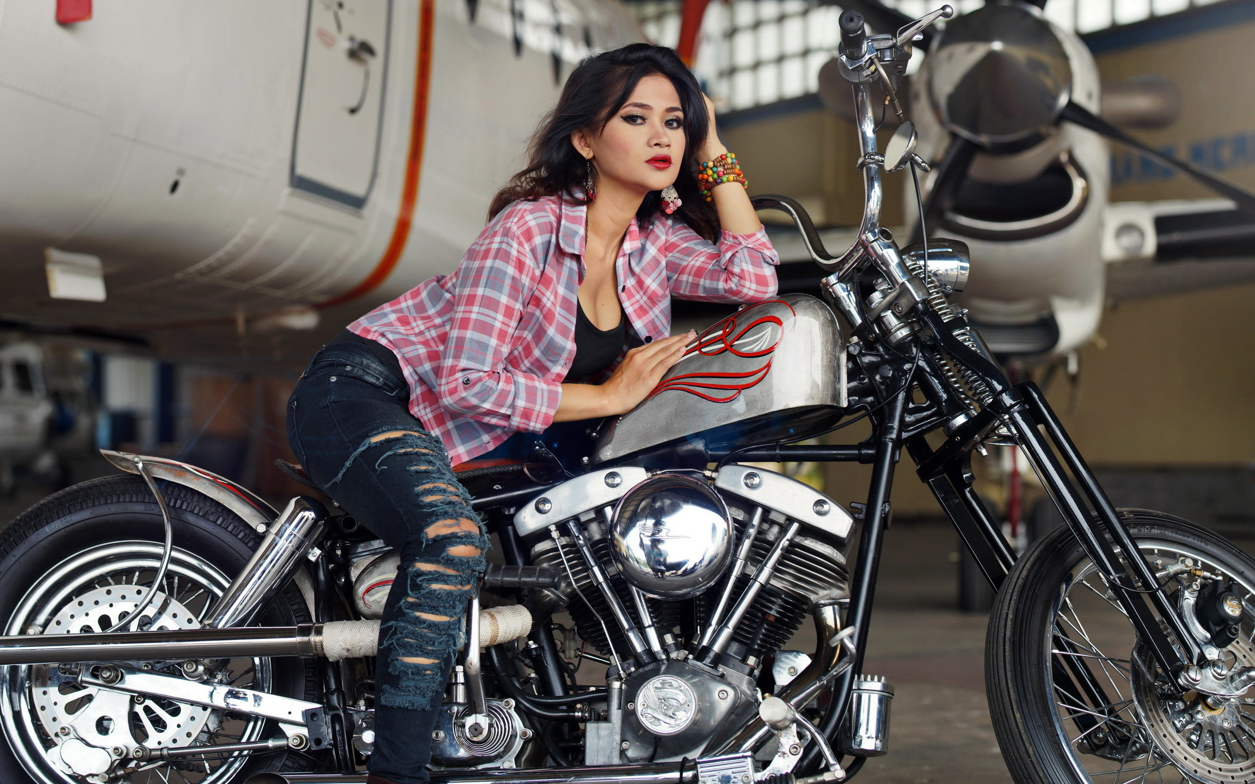 Chopper girls motorcycle wallpaper 73 images - Pictures of chicks on bikes ...