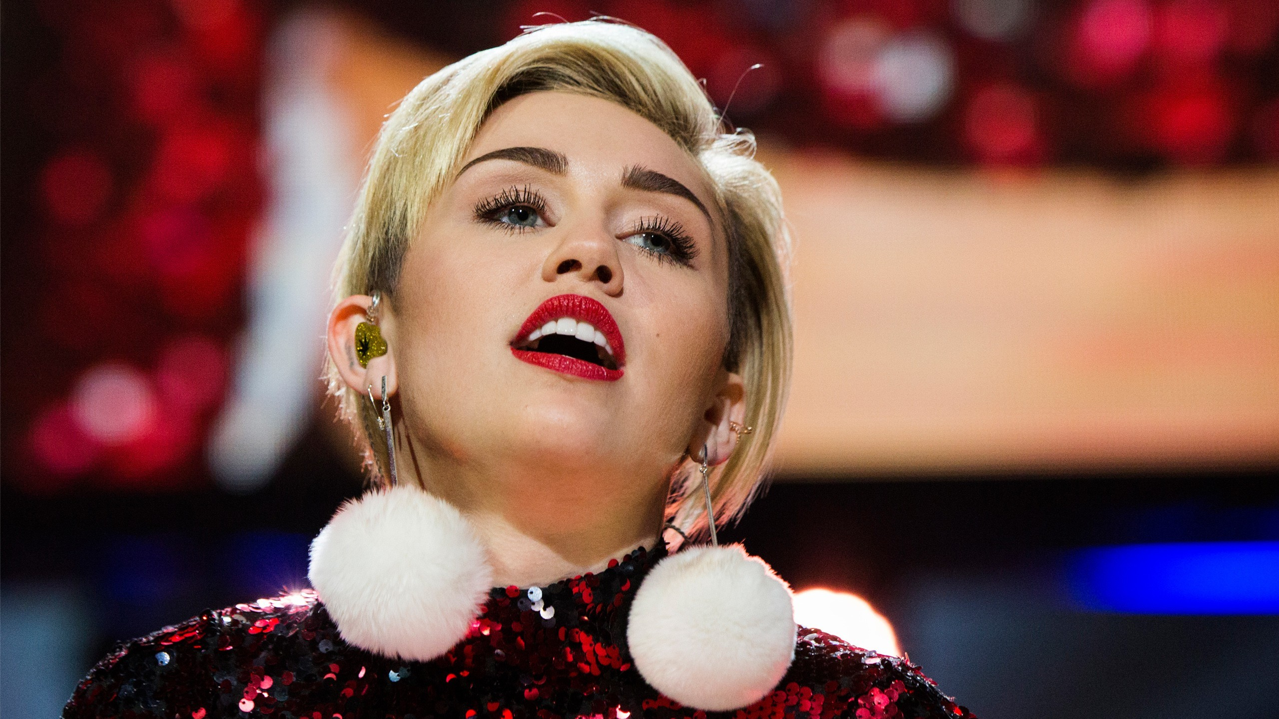 2560x1440 ... x 1440 Original. Description: Download Miley Cyrus 84 Miley Cyrus  wallpaper ...