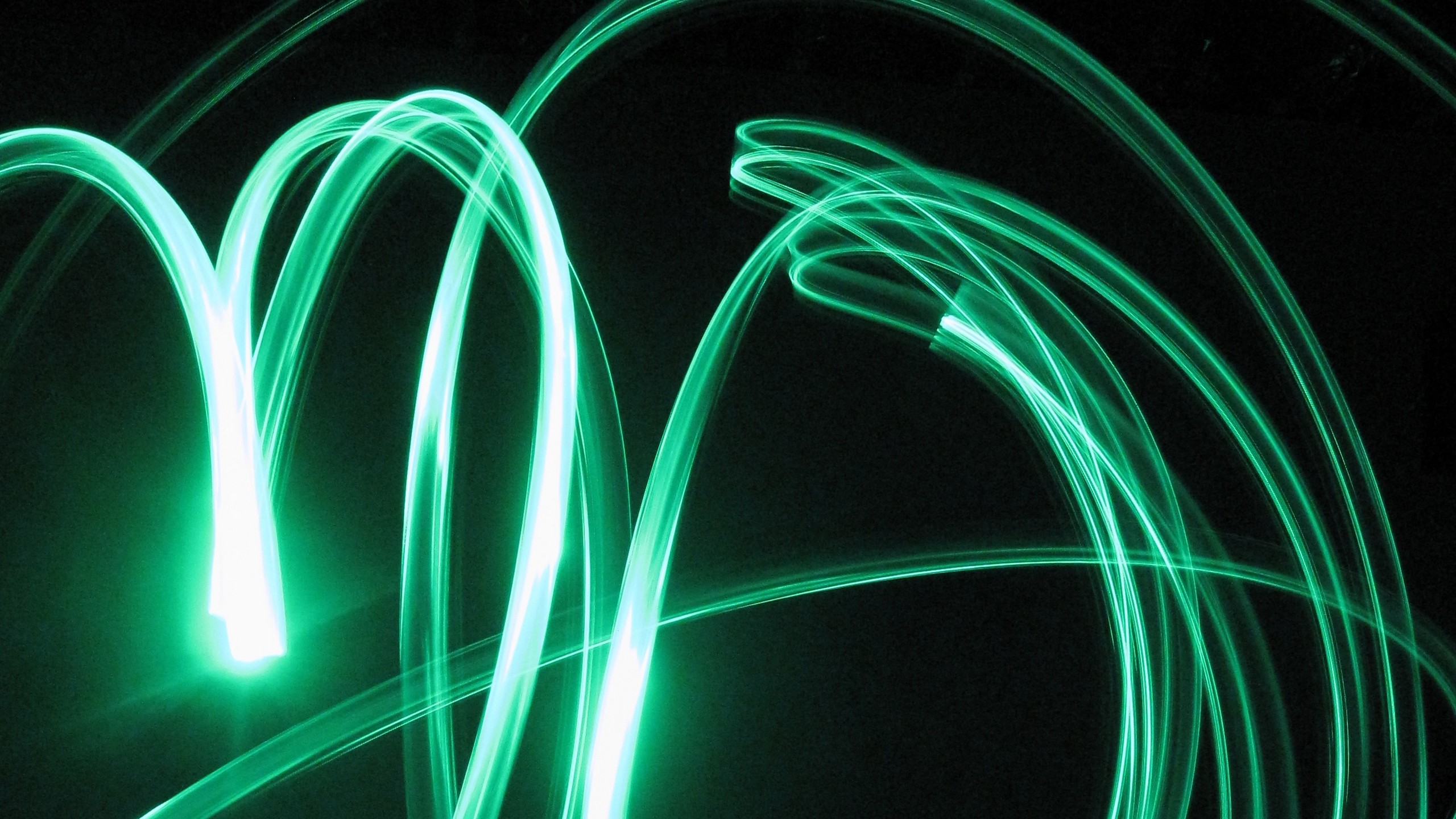 2560x1440  Wallpaper neon, green, light graffiti