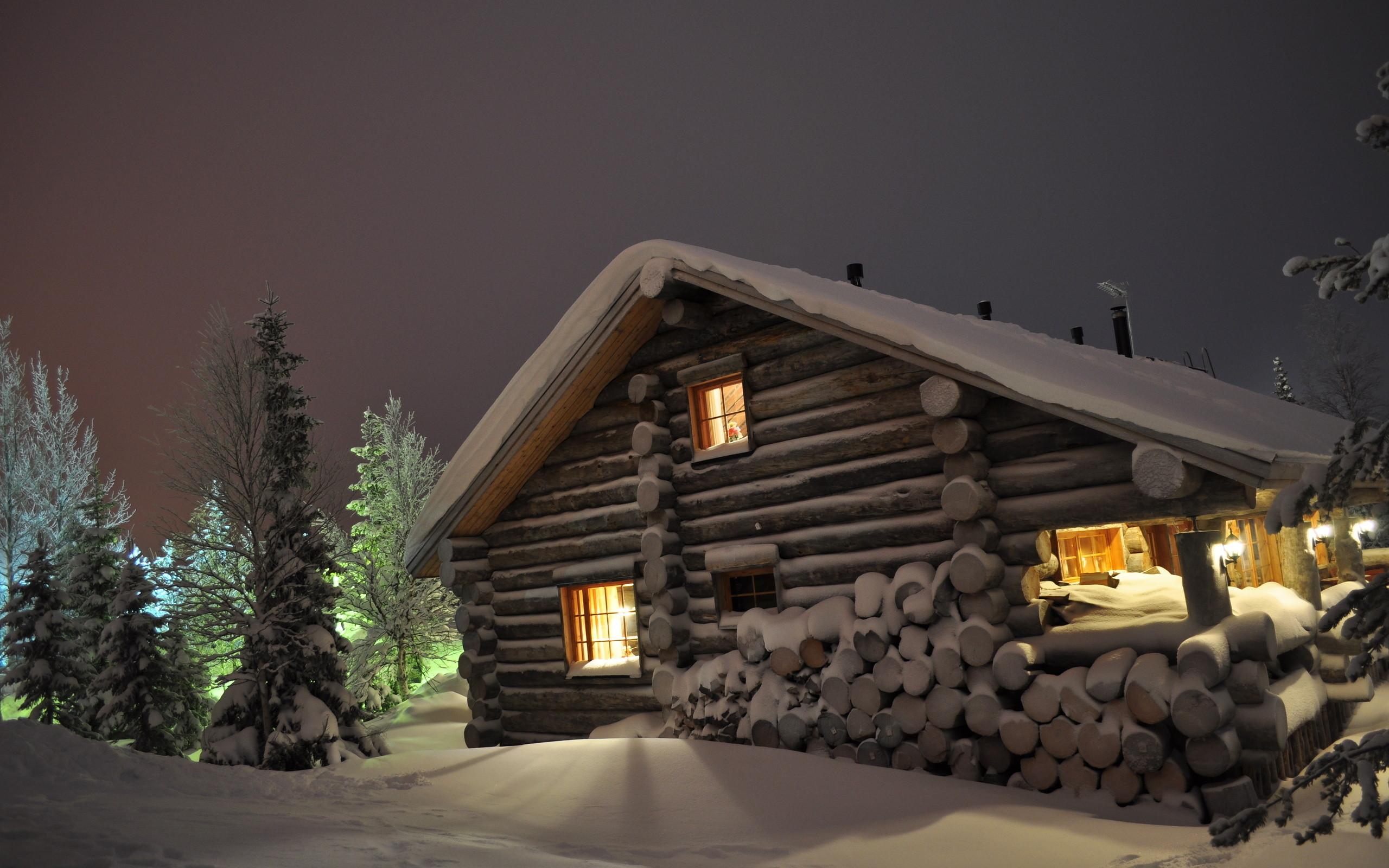 2560x1600 Wallpaper Winter Snow Drifts Log Cabin Wood Night Eating