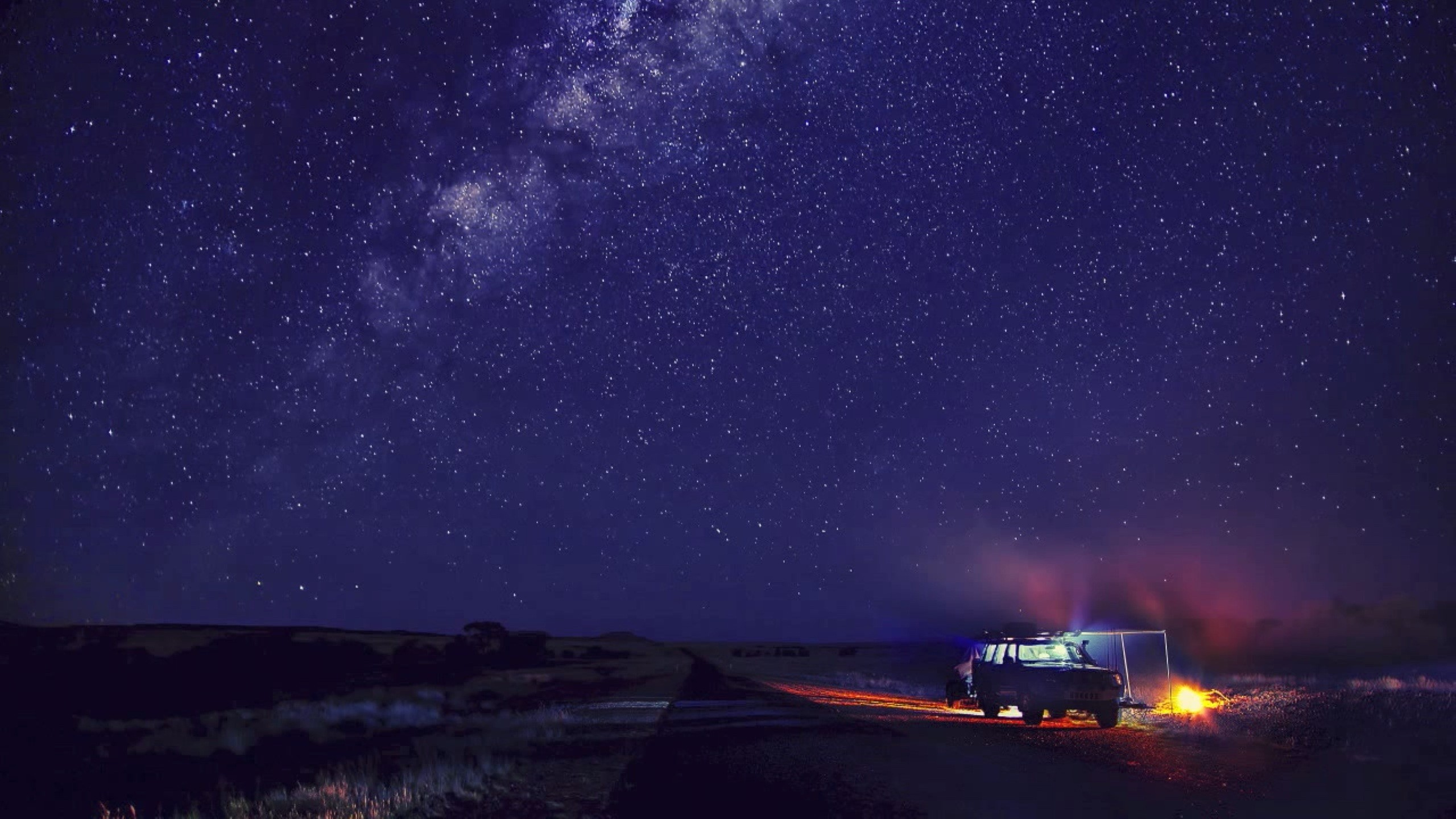 2560x1440  Camp and Starry Sky desktop PC and Mac wallpaper