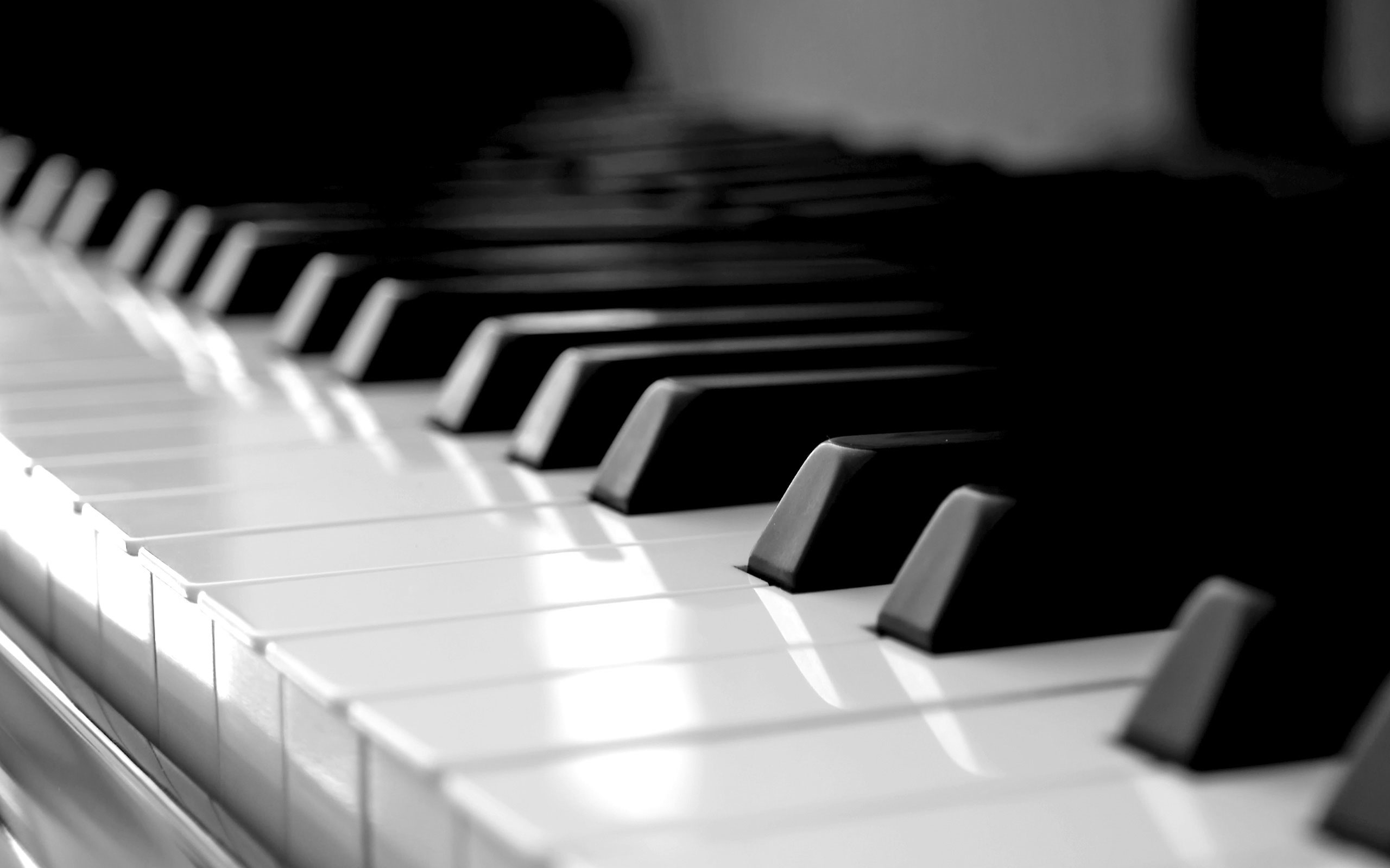 2560x1600 Piano Wallpaper