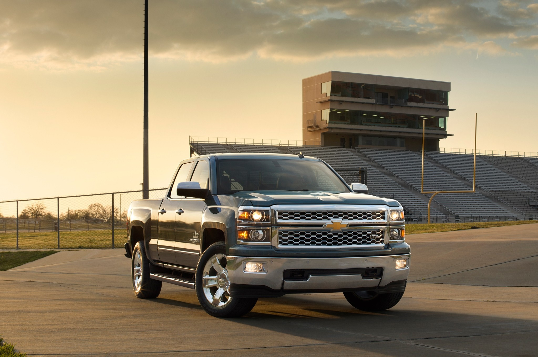 2048x1360 Chevrolet Silverado 2014 Black. Chevrolet Silverado 2014 HD Wallpaper