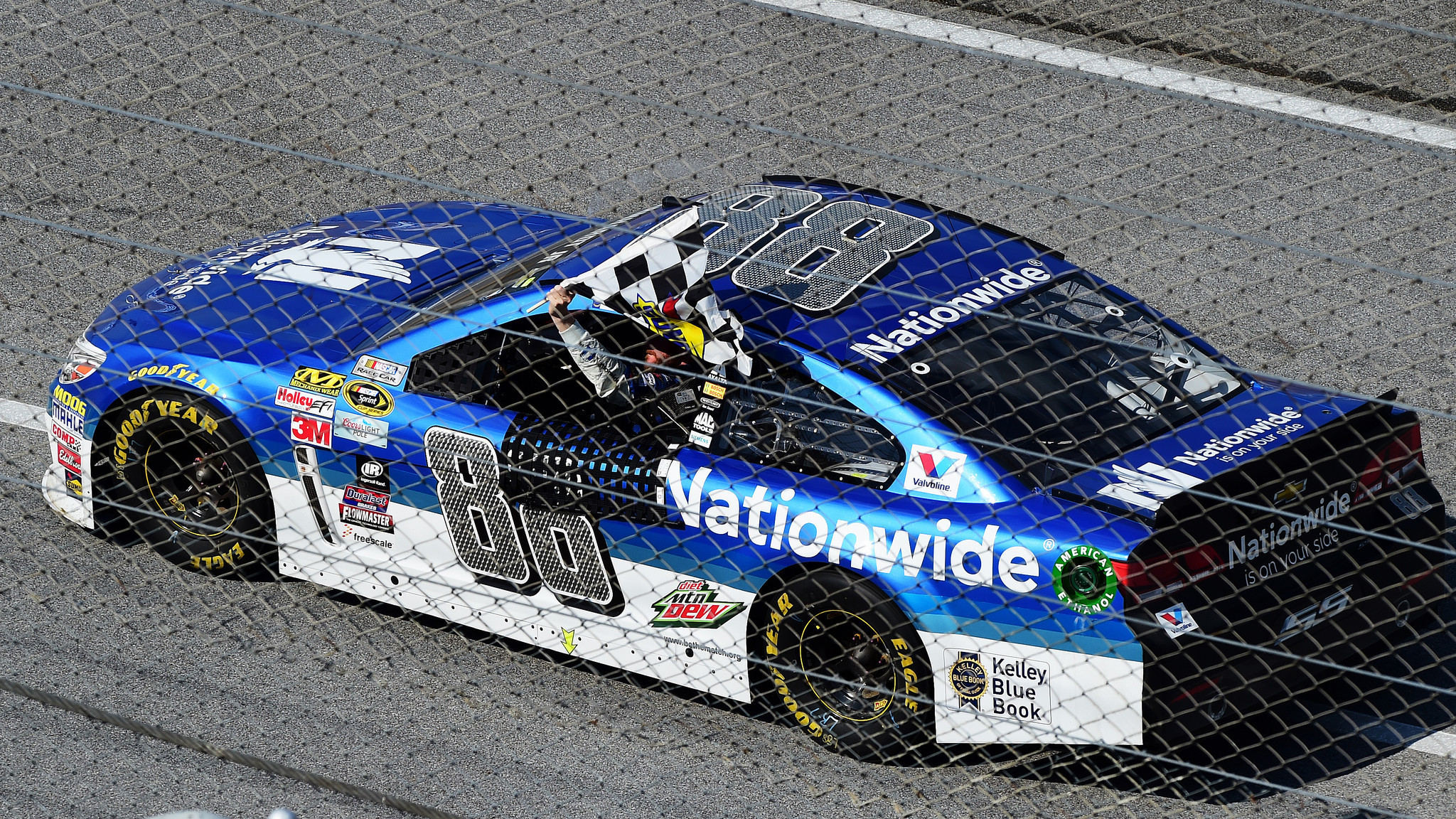 2048x1152 Dale Earnhardt Jr. cruised to his first win of the season at an old familiar