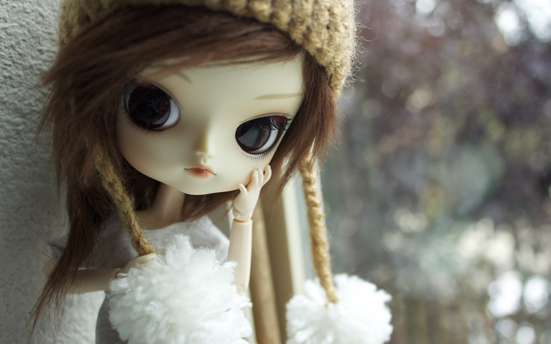 1920x1200 Stylish and modern doll cute looks wallpapers