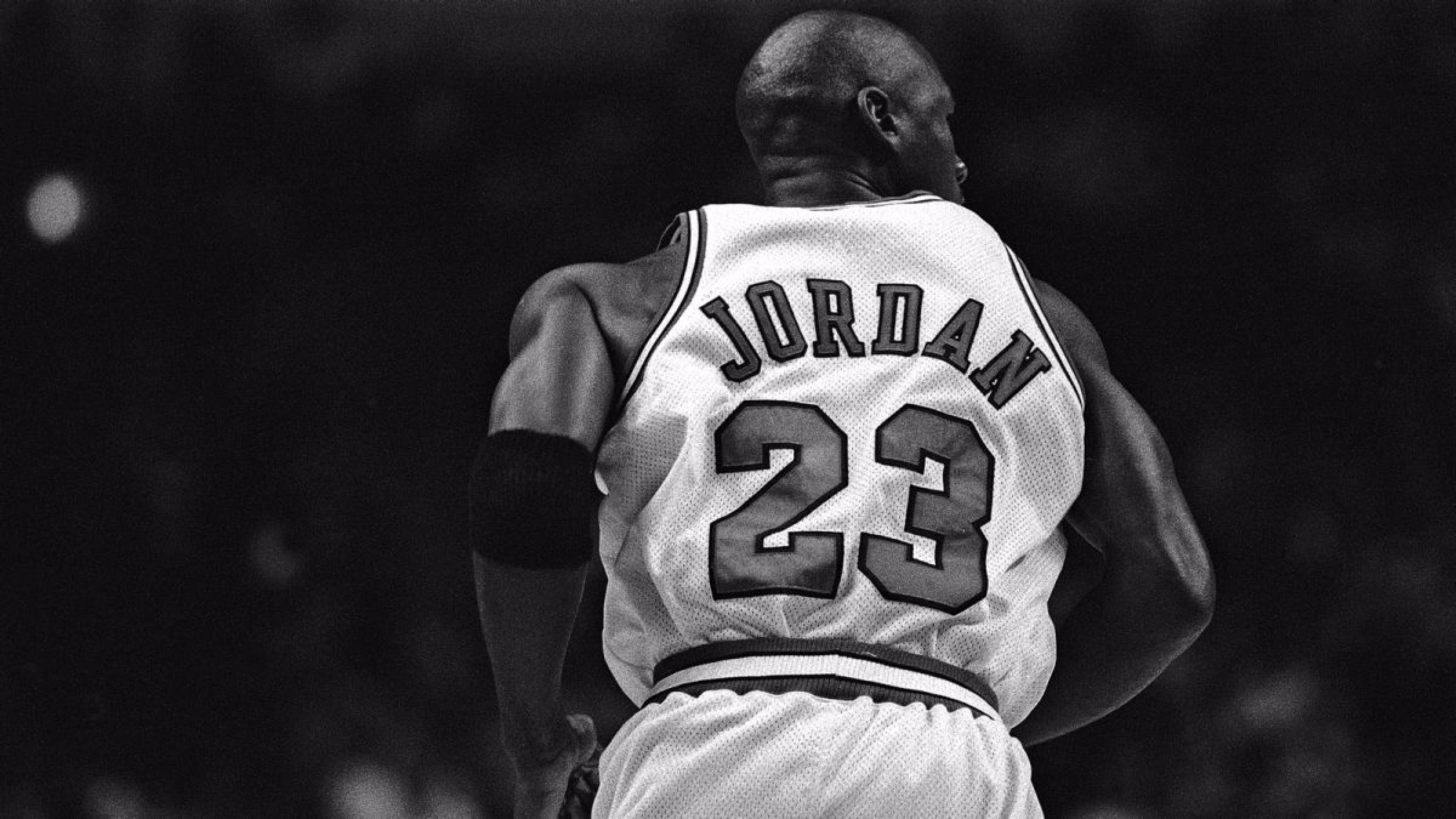 3840x2160 Michael Jordan 23 HD Wallpaper