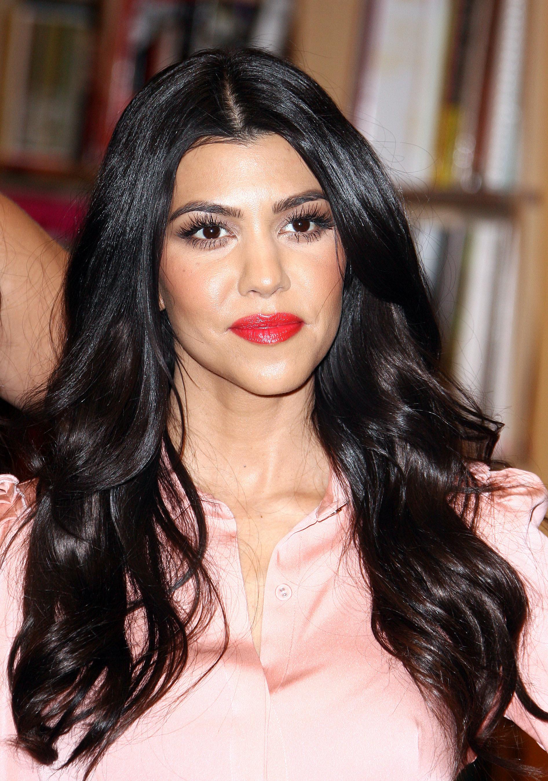 Kourtney Kardashian Wallpapers (64+ images)