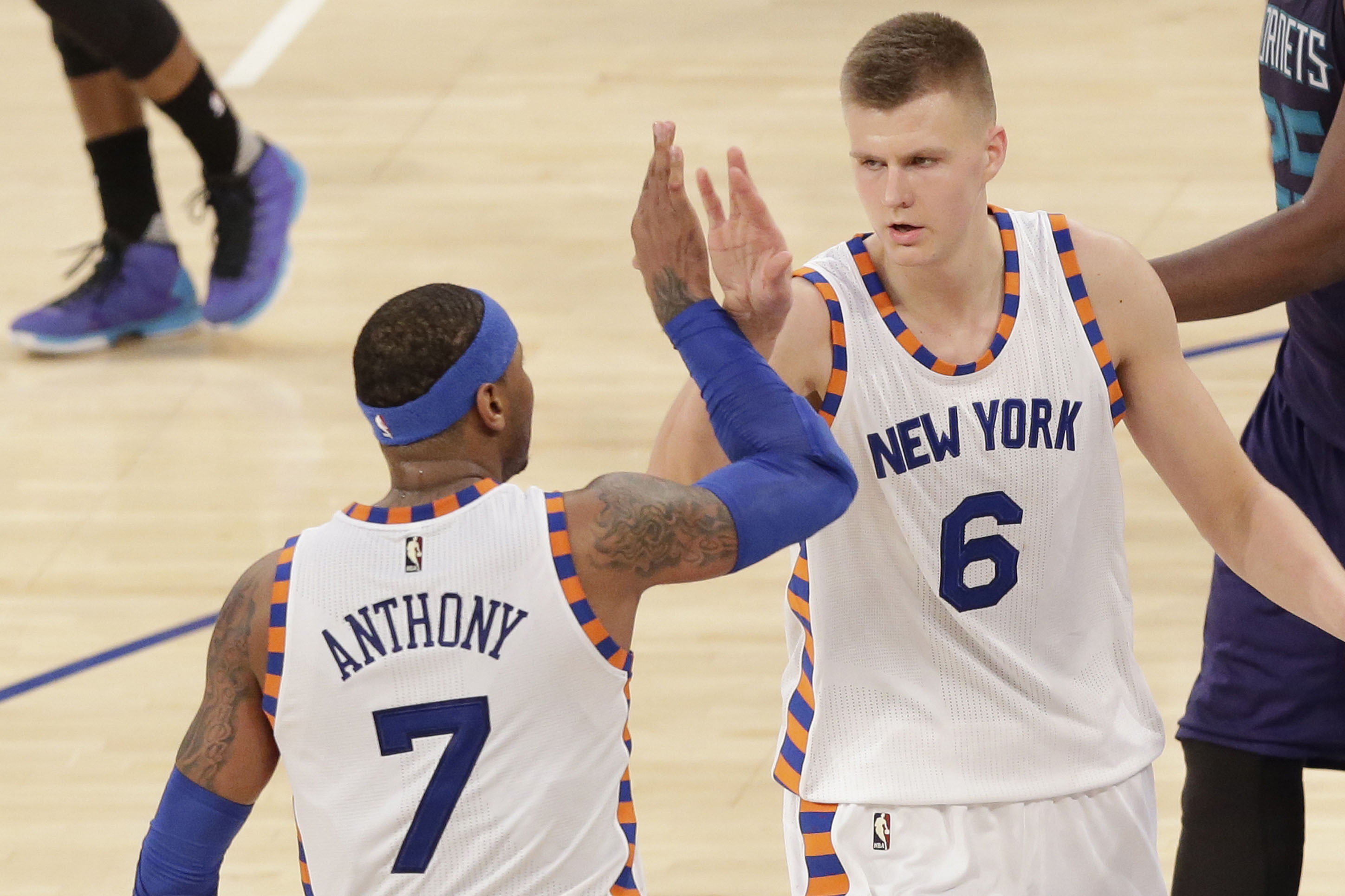 2897x1931 'Big brother' Carmelo already talking NBA titles with Porzingis