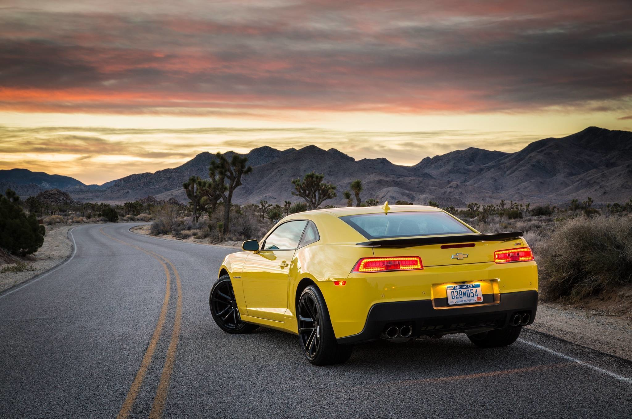 2048x1360 2016 Chevrolet Camaro Wallpaper Hd Photos Wallpapers And Other Yellow