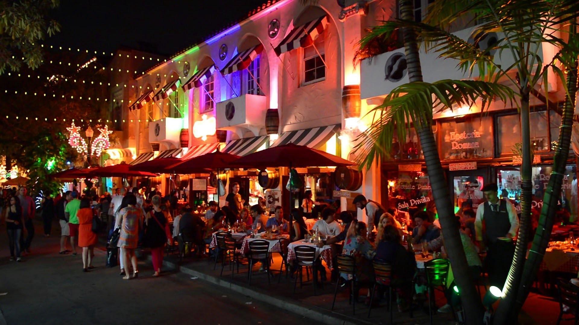 Bars On South Beach Strip
