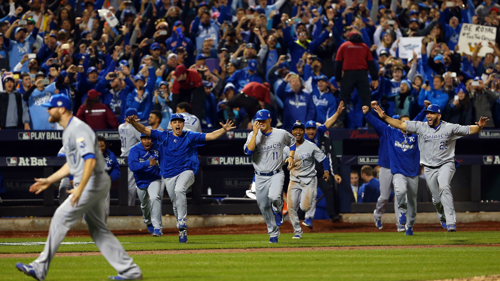 1920x1080 #Crowned: the Royals' World Series Victory in Memes | MazumafyKC