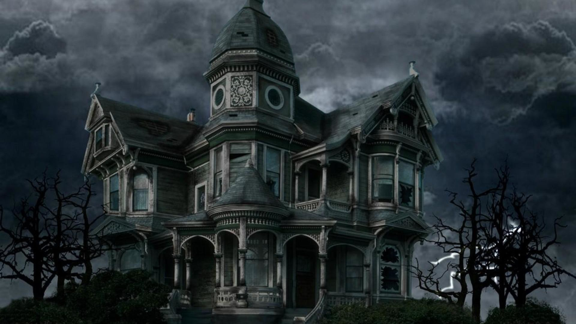 Haunted house wallpapers 62 images for Wallpaper with houses on it