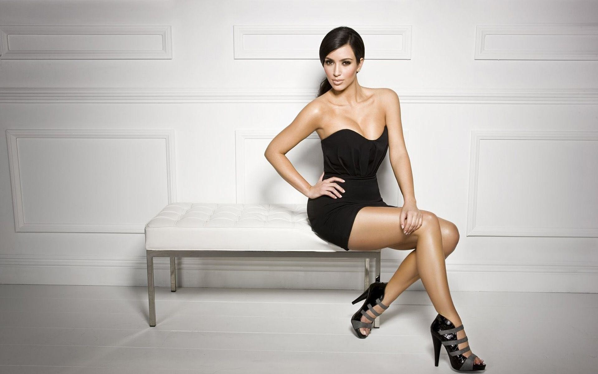 1920x1200 Kim Kardashian Backgrounds Download | Wallpapers, Backgrounds .