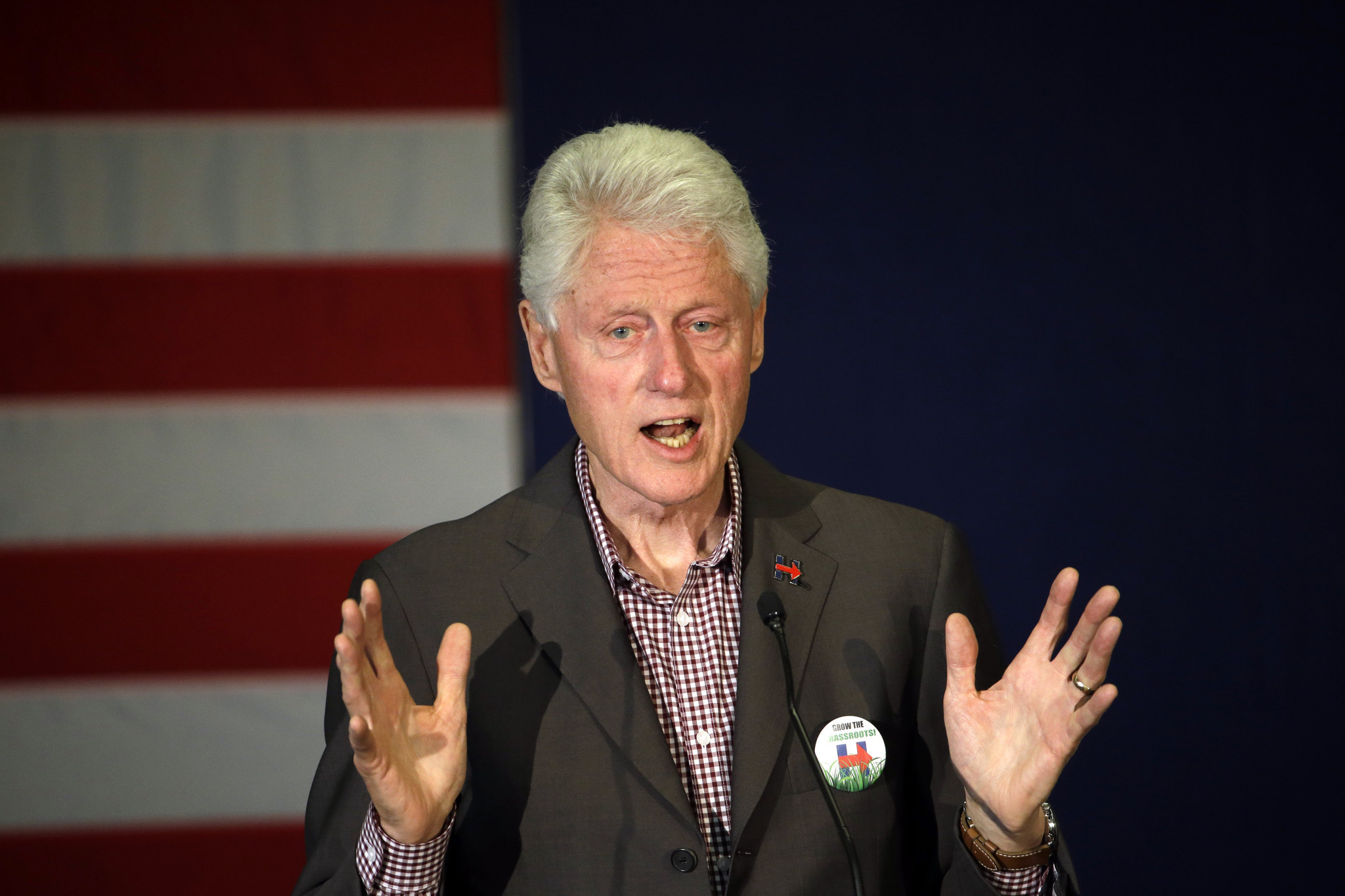 2048x1365 Bill Clinton brushes aside Donald Trump's comments about former president's  infidelity - LA Times