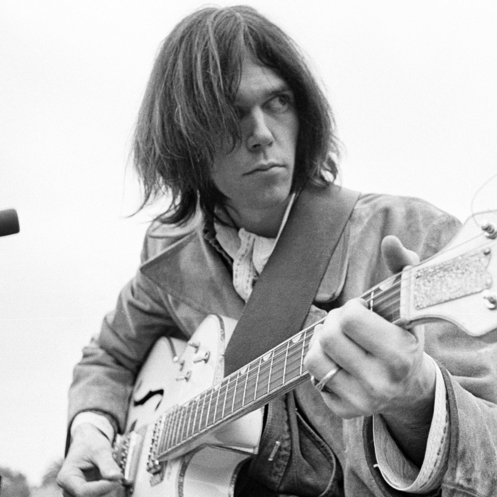 2048x2048  Wallpaper neil young, guitar, hair, microphone, play