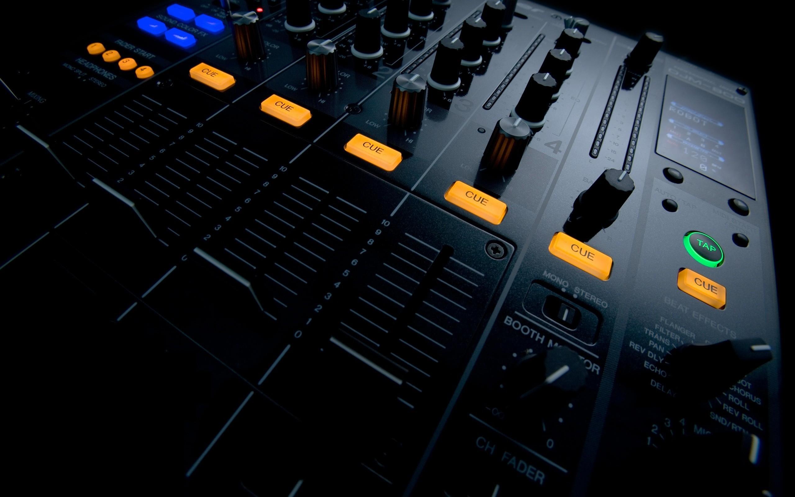 2560x1600 Music Studio Download 2560x1440 Netbook