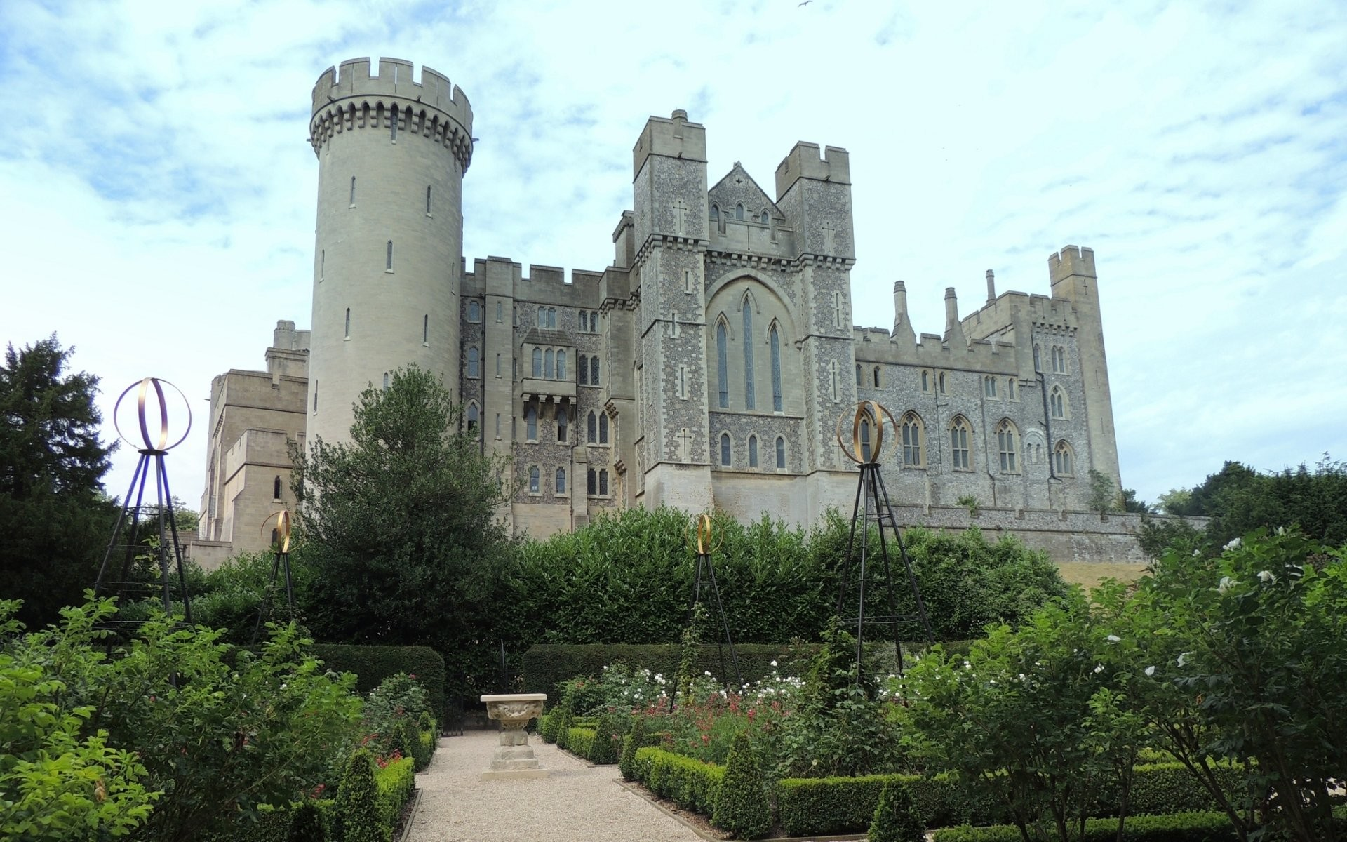 1920x1200 Explore More Wallpapers in the Arundel Castle Subcategory!
