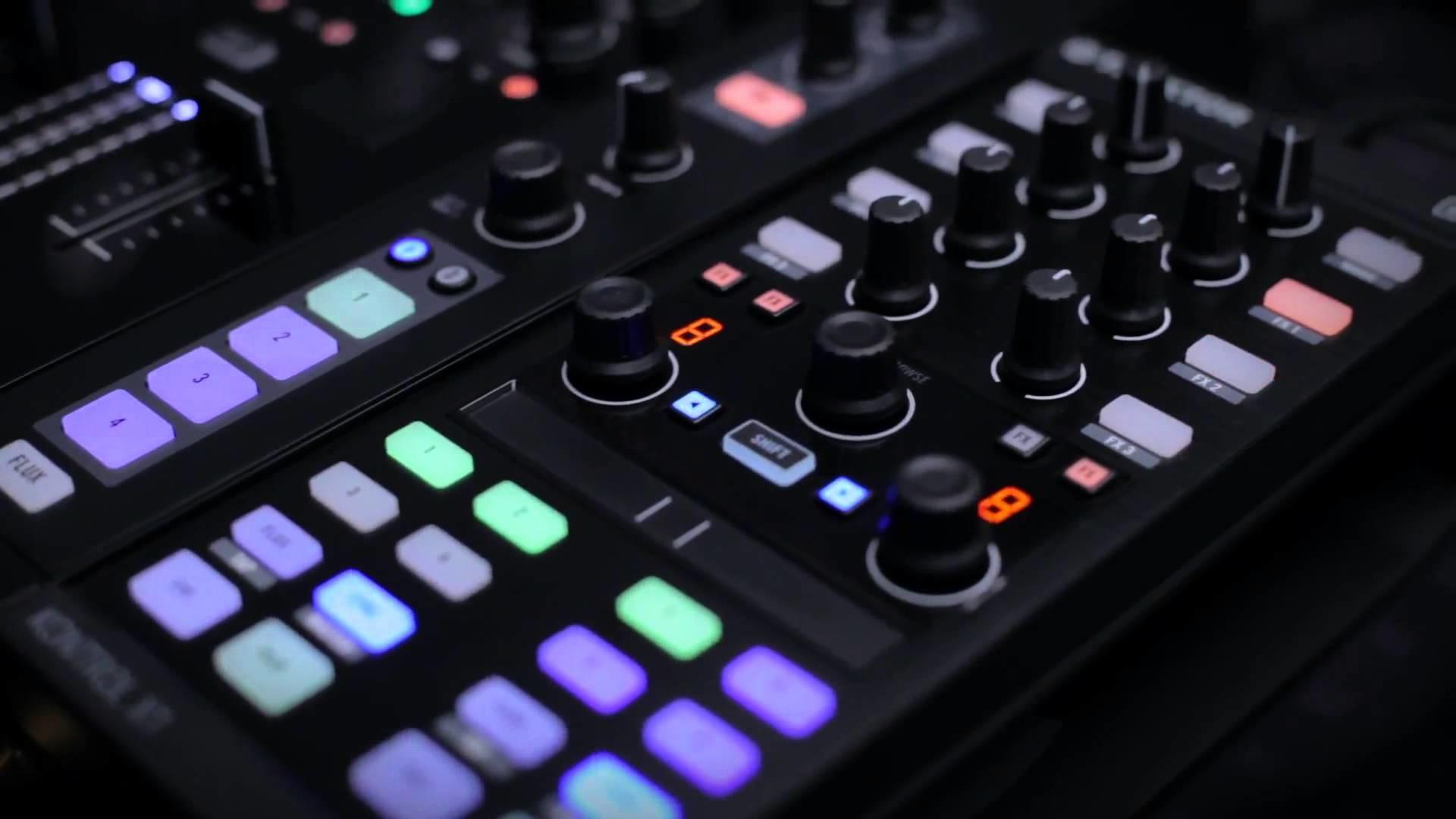 DJ equipment and DJ accessories at Juno