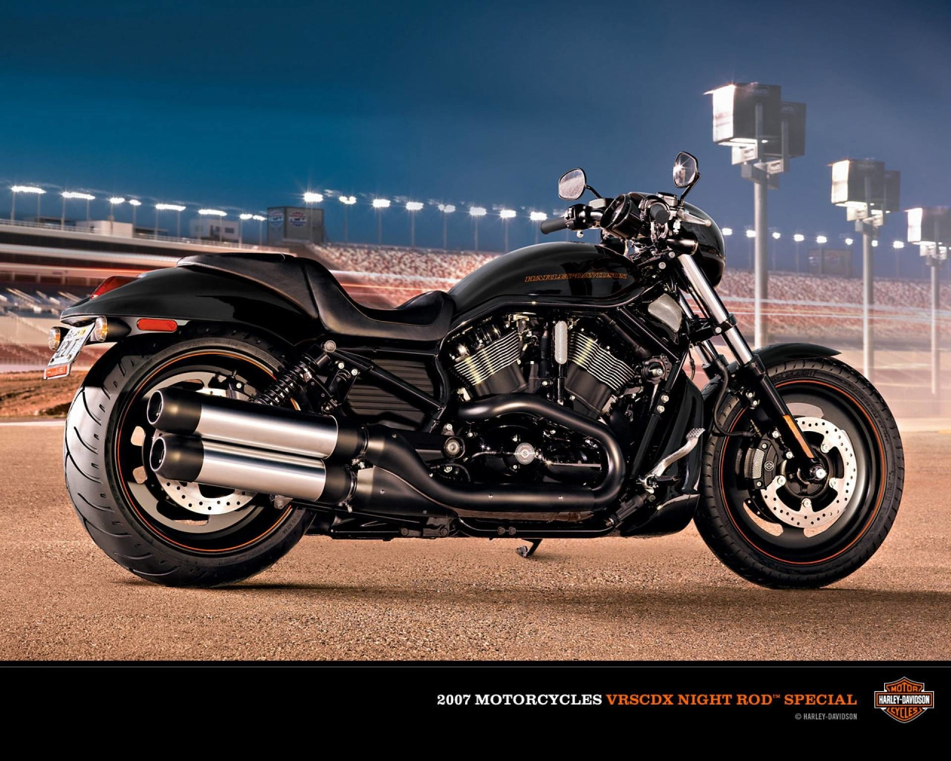 1920x1536 Harley Davidson Bikes Wallpapers Hd 2012 7