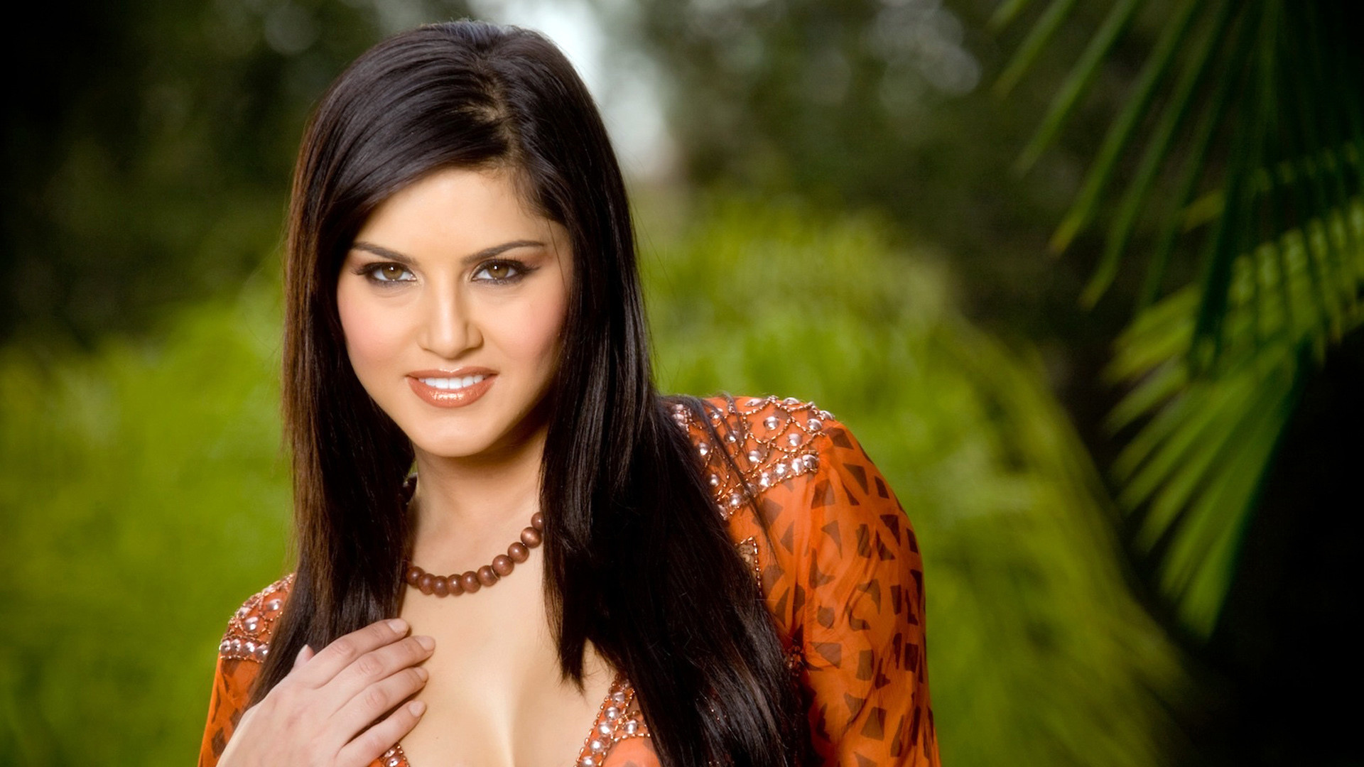 sunny leone wallpapers actress bollywood latest desktop indian celebrities widescreen hdwallpapers unknown bikini lady