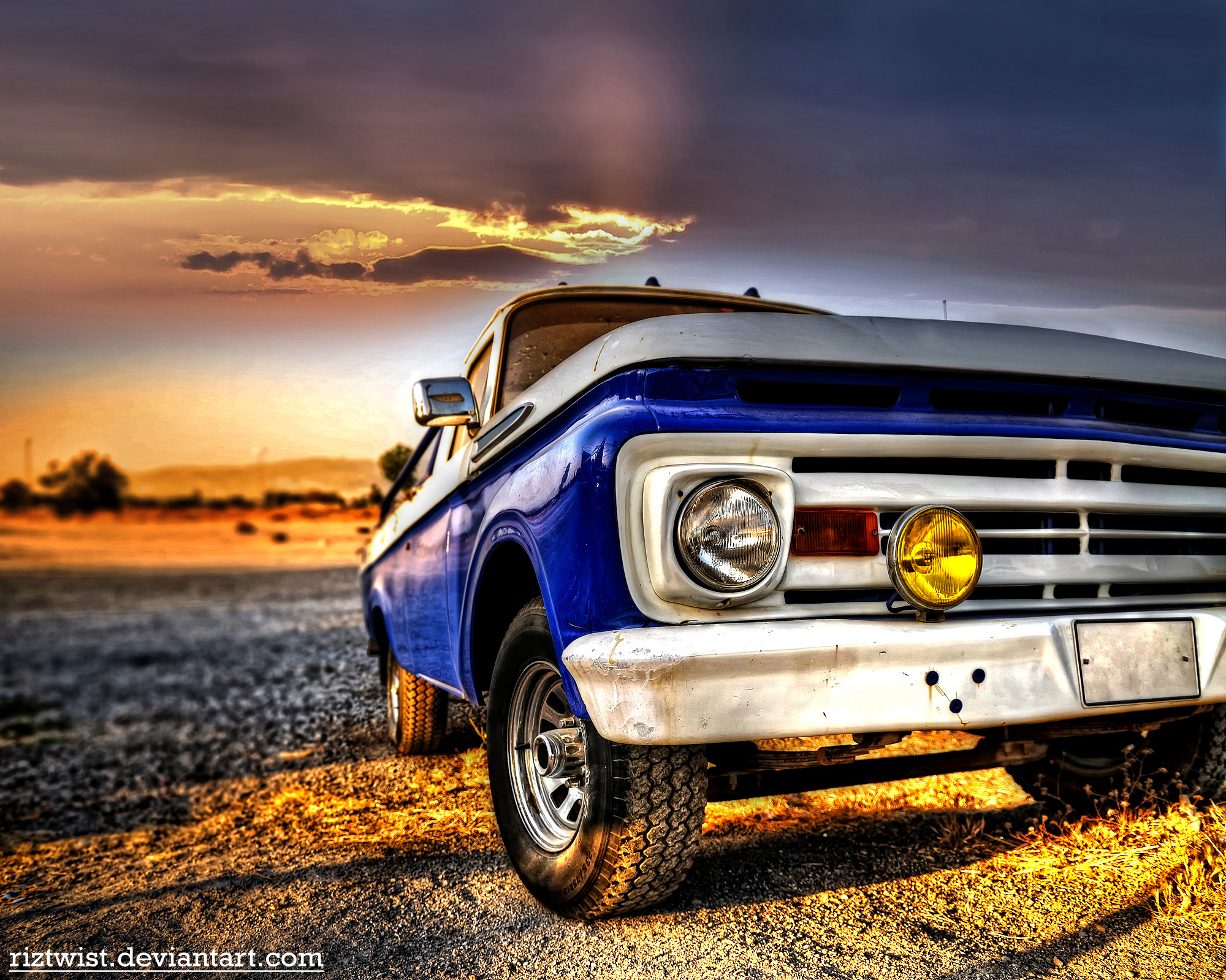 2000x1599 Old Chevy Trucks Wallpaper 42 with Old Chevy Trucks Wallpaper