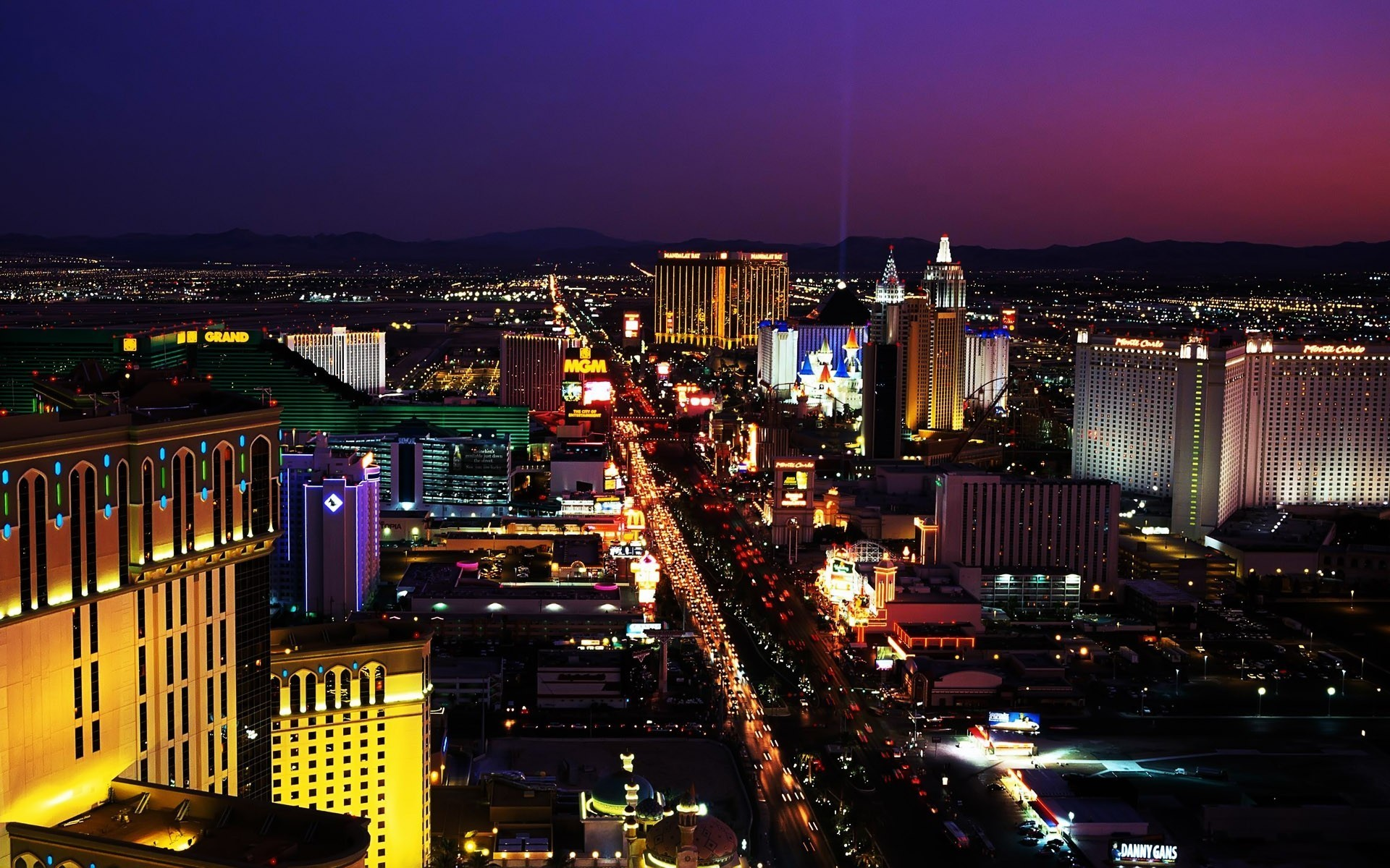 1920x1200  las vegas strip night beautiful hd wallpapers hd background  wallpapers free amazing tablet smart phone 4k high definition 1920×1200  Wallpaper HD