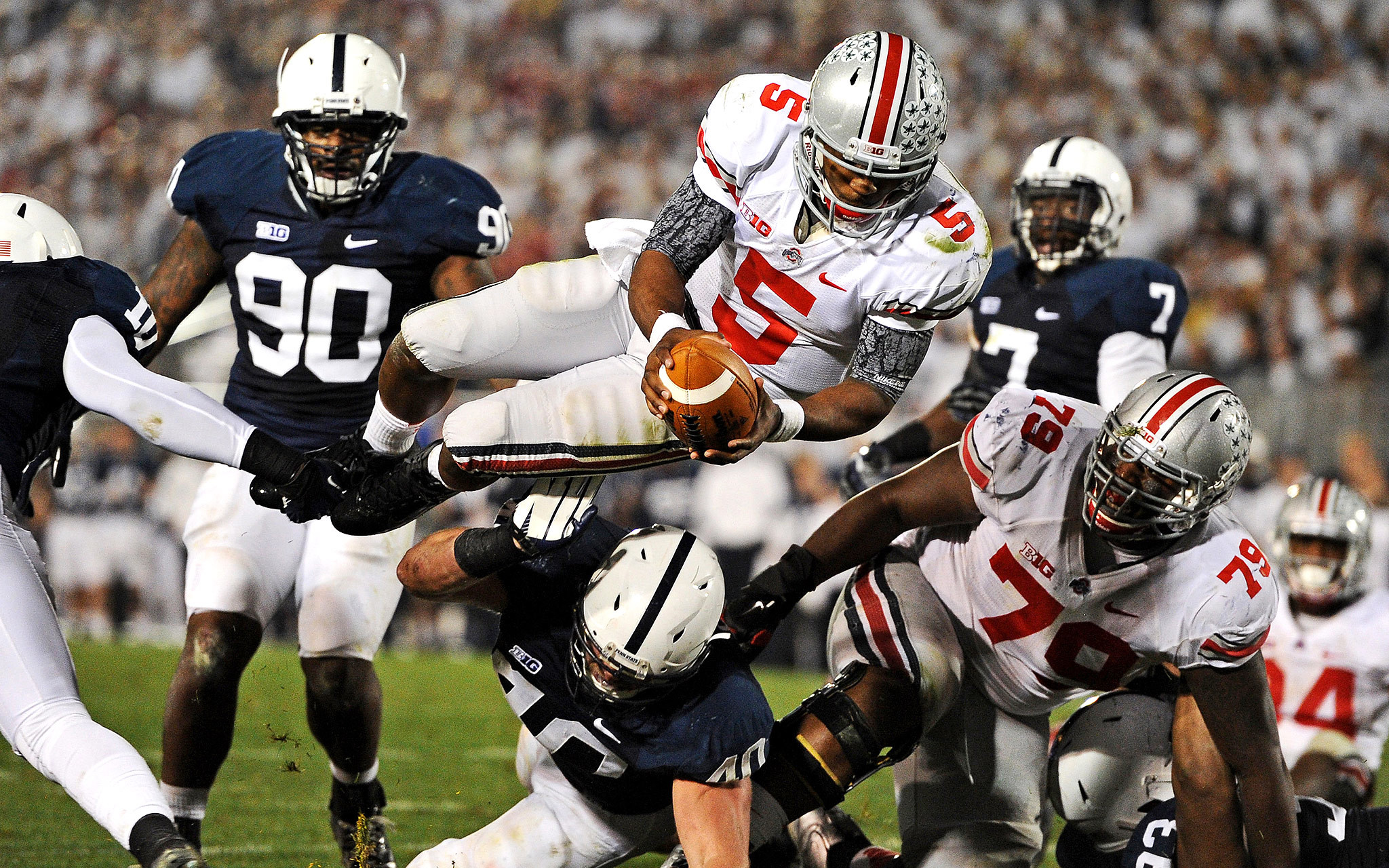 2048x1280 Then-quarterback Braxton Miller wore it against Penn State the following  year, ...