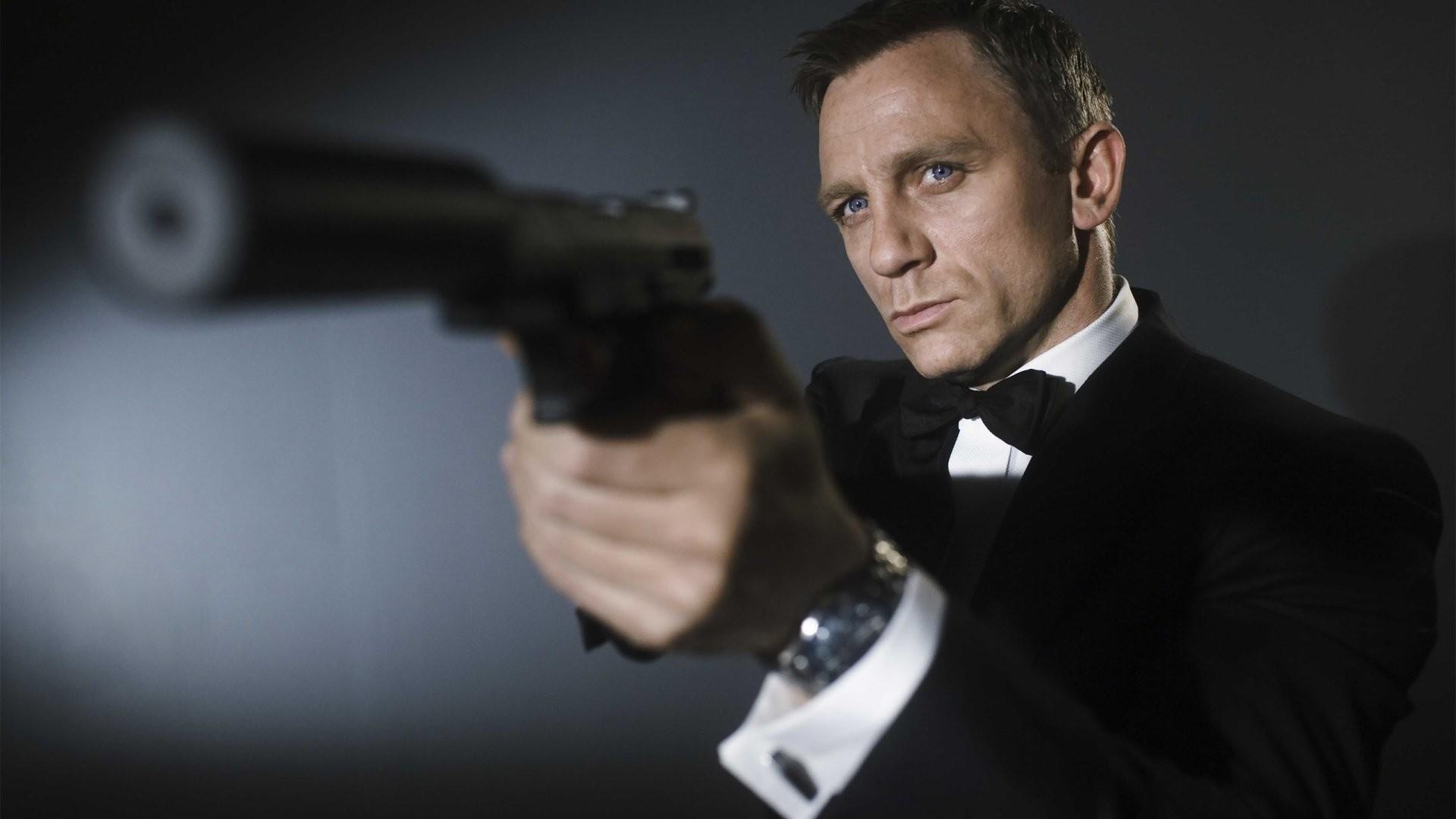 1920x1080 James Bond Casino Royale Wallpaper WallDevil