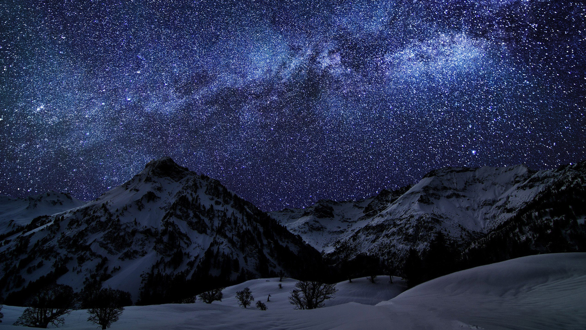 Star struck - Amazing photographs of the milky way over