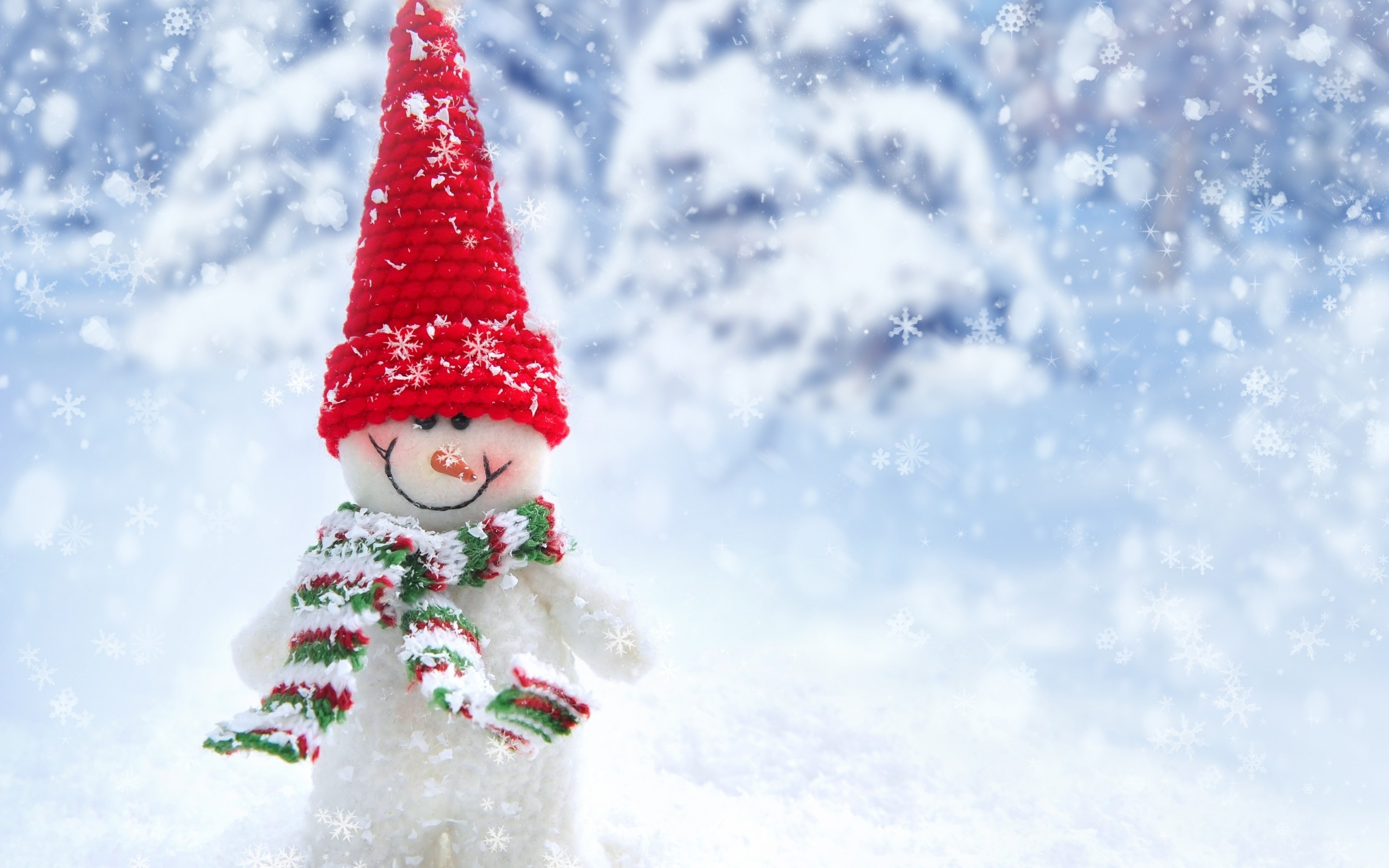 2880x1800 snow, winter, christmas, new year, snowman