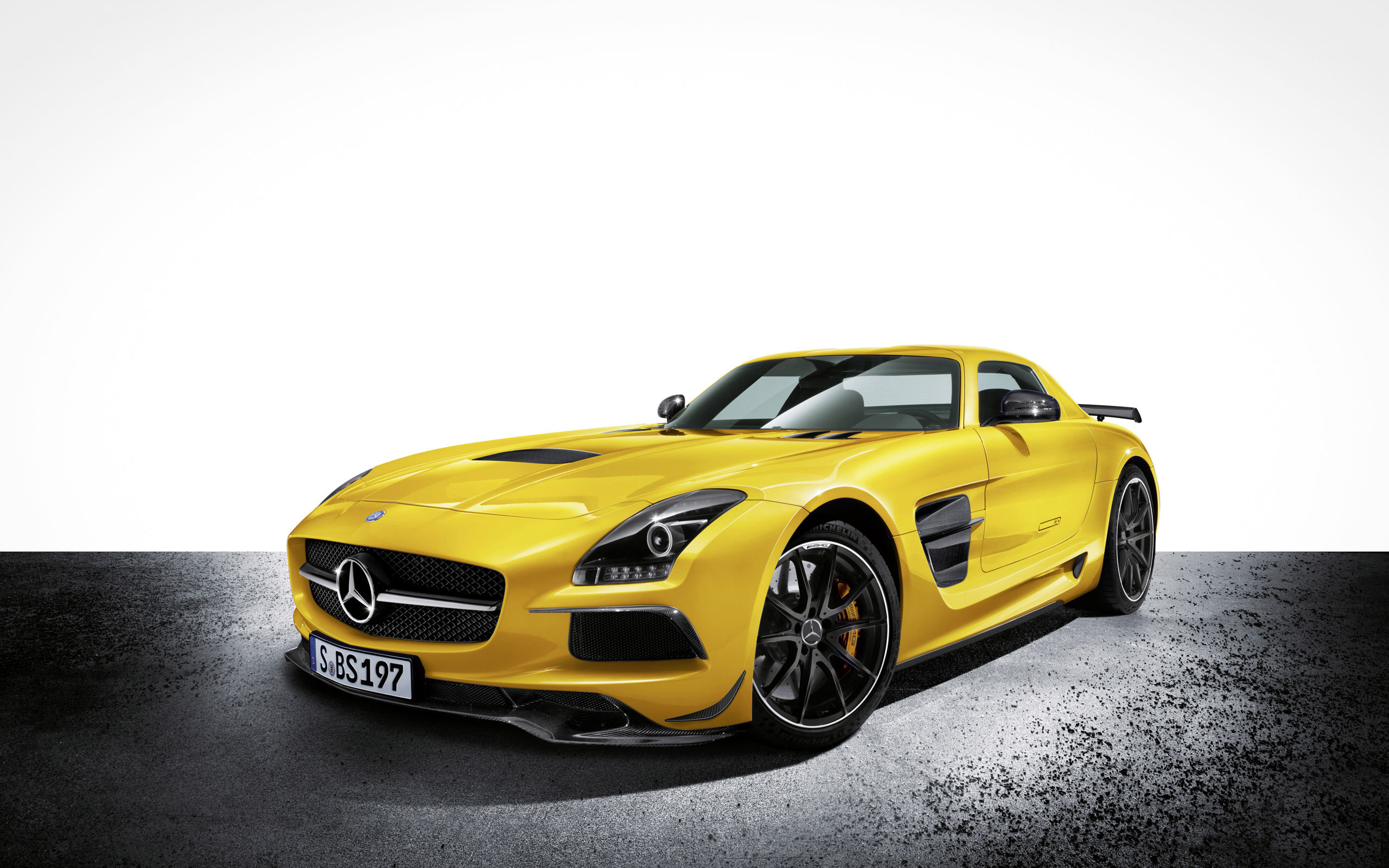 2560x1600 2014 Mercedes Benz SLS AMG Black Series