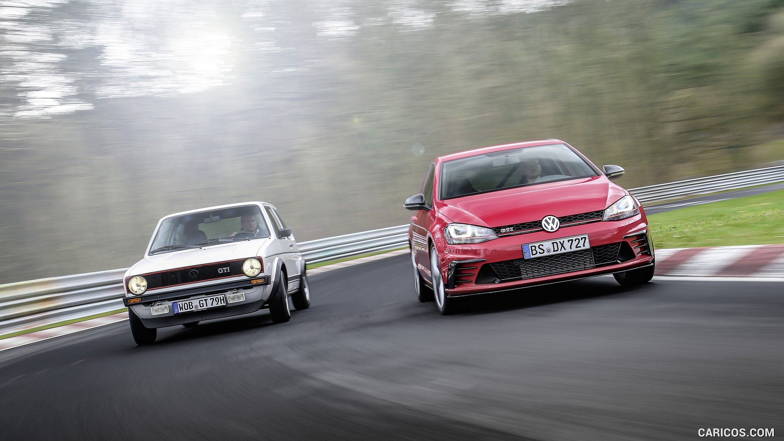 2560x1440 2017 Volkswagen Golf GTI Clubsport S Wallpaper