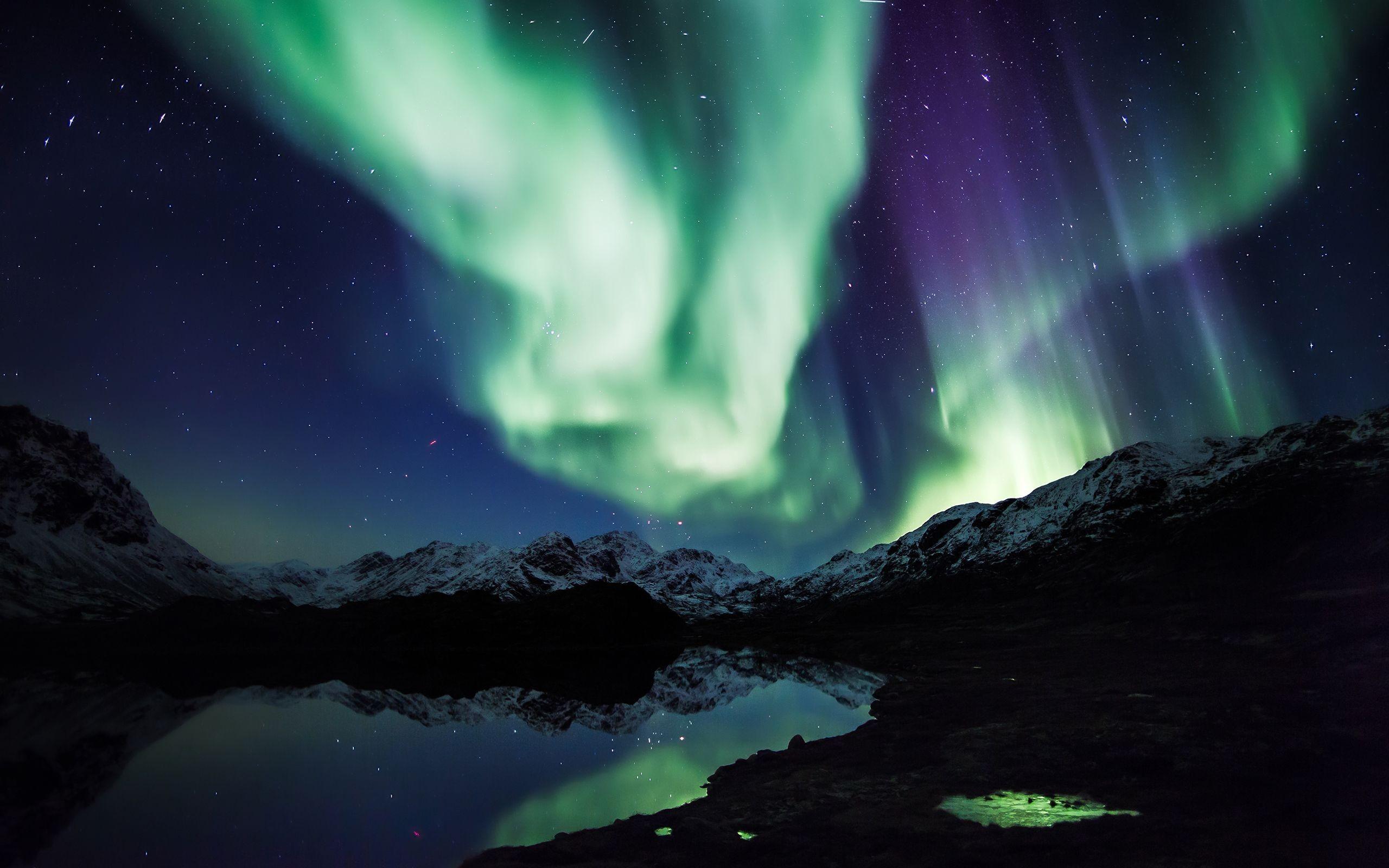 Aurora borealis background 66 images for Sfondi desktop aurora boreale