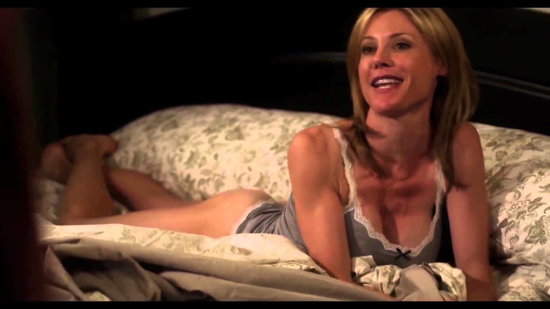 Melanie elyza topless