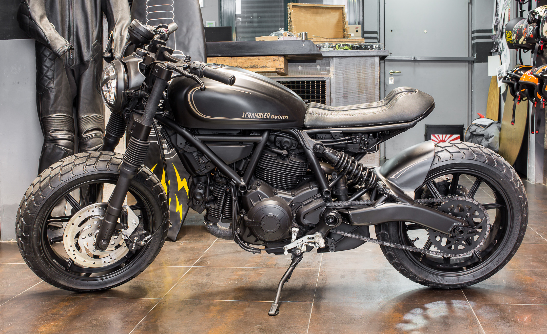 2160x1320 Three Motorbikes of Verona: Ducati Displays Tweaked Scramblers