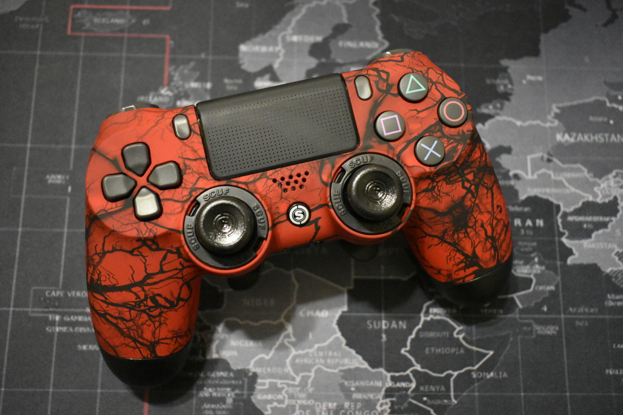 2048x1365 Elite-Gaming-Scuf-Adrenalin-Back