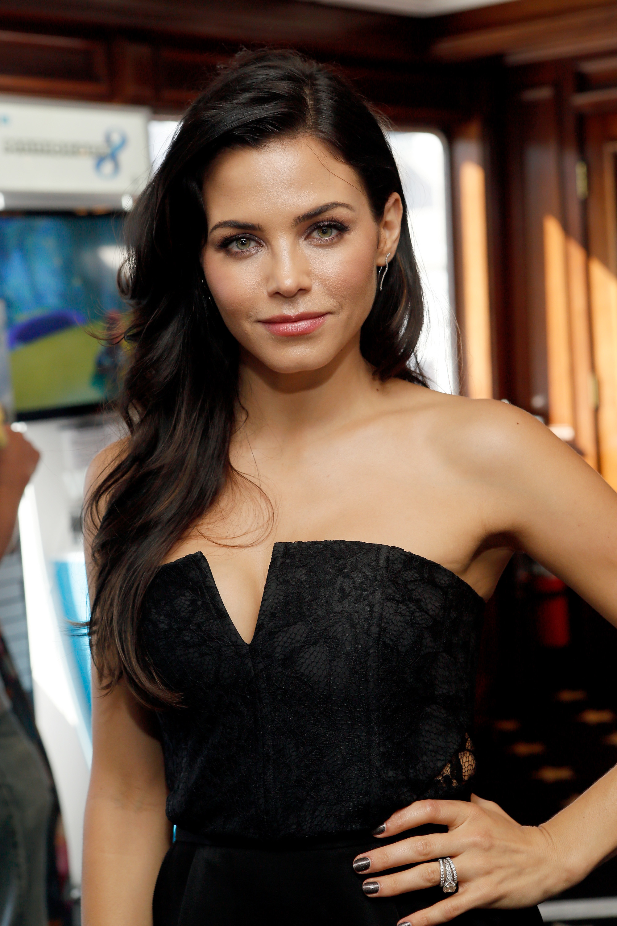 2000x3000 Jenna Dewan-Tatum Has a Dance Background Outside Of 'Step Up' So She Could  School Those 'SYTYCD' Kids