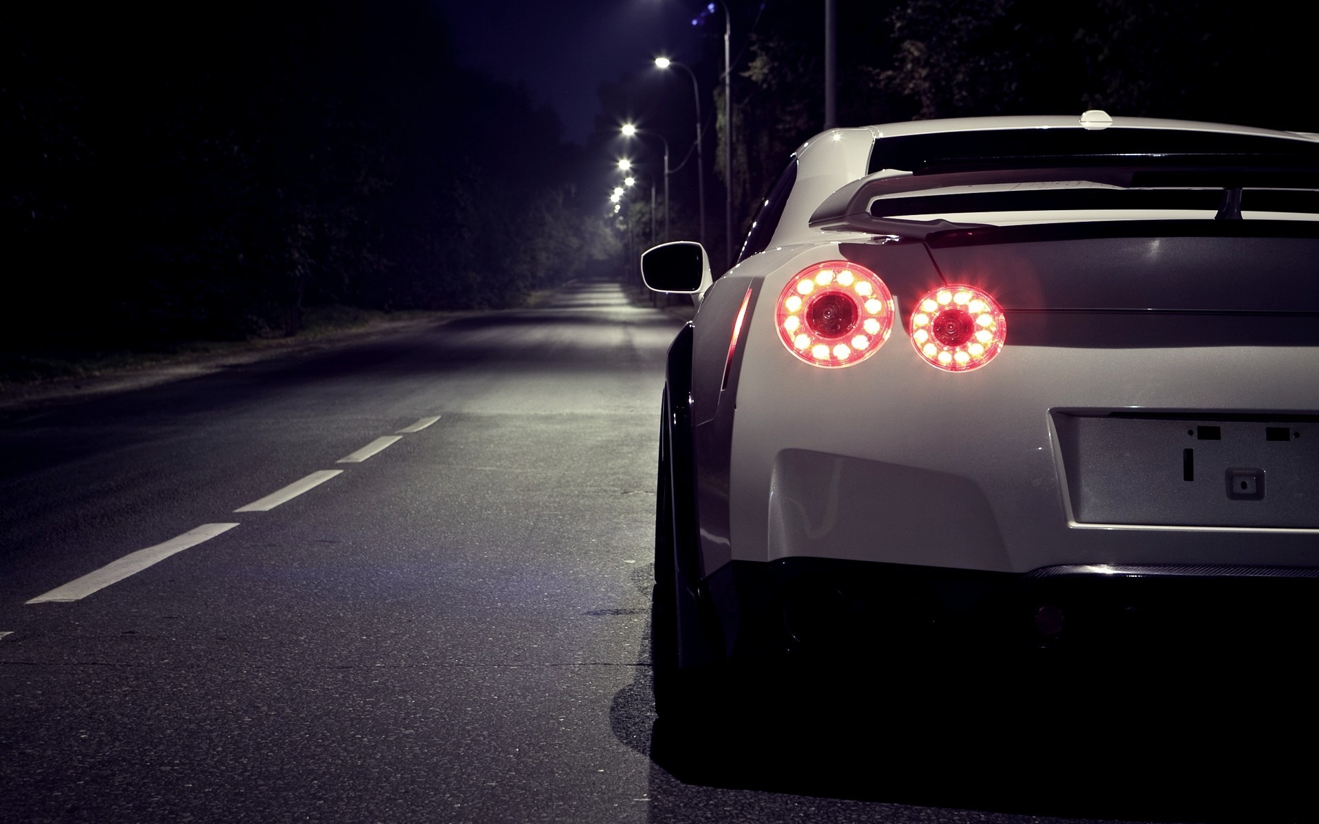 1920x1200 Nissan Gtr Nismo Wallpapers High Definition