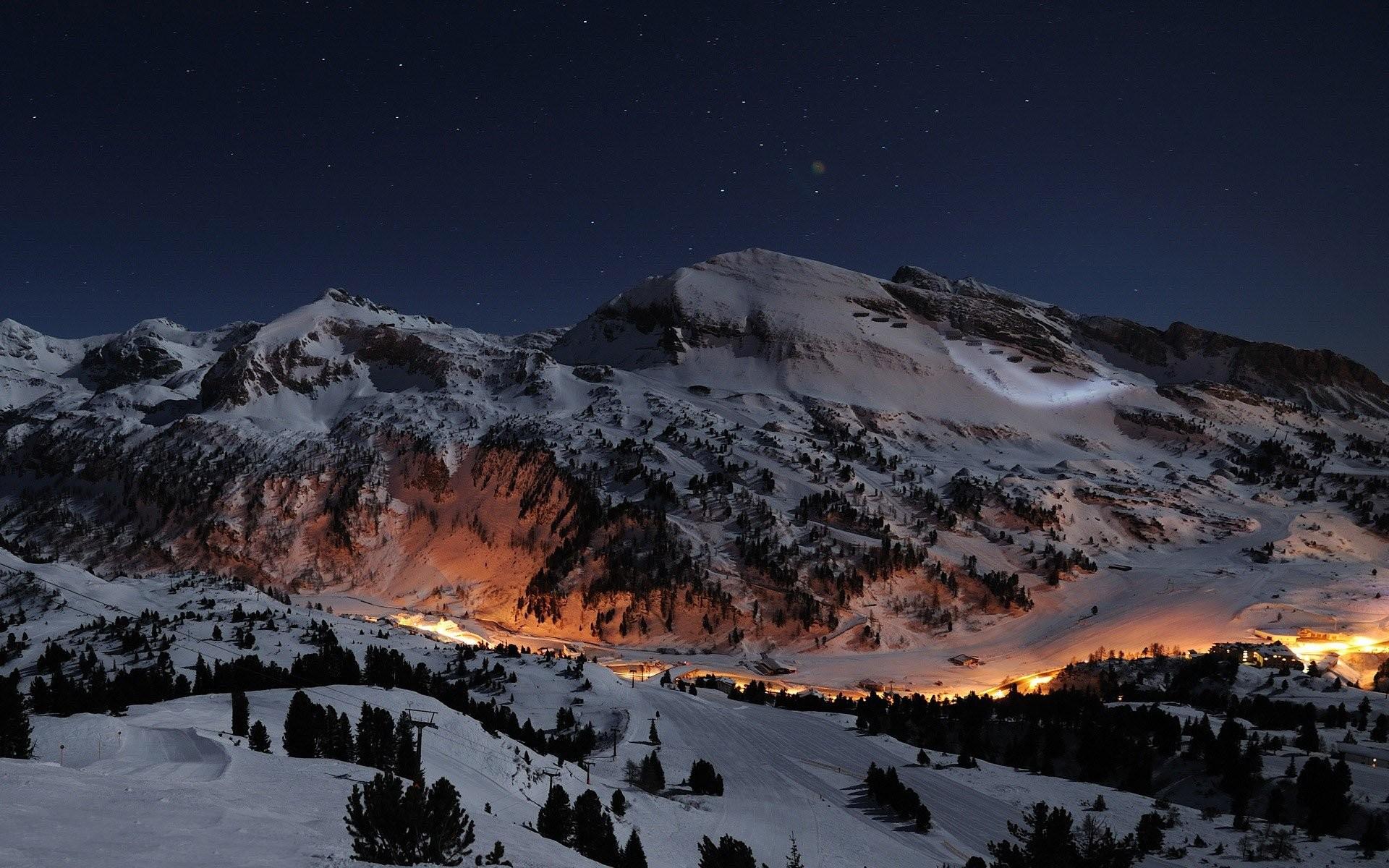 Snow Mountains Wallpaper Night