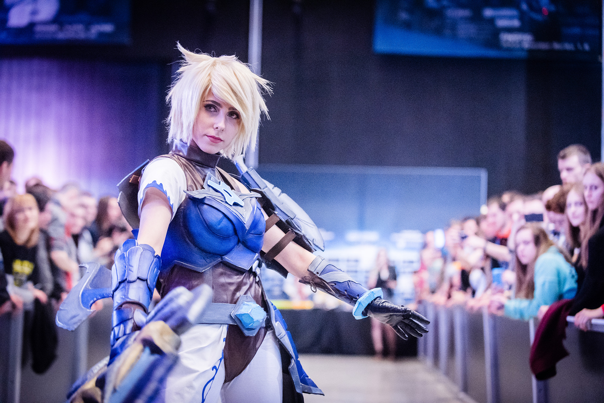 2000x1335 ... Championship Riven cosplay at IEM 2016 by TsukiKamachi