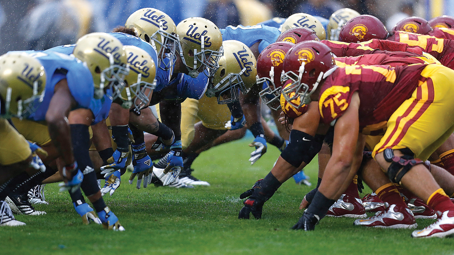 1920x1080 Bruins and Trojans on the line of scrimmage during the 2012 Crosstown  Rivalry Clash, won by UCLA 38-28. Photo courtesy of gentlemensguideoc.com